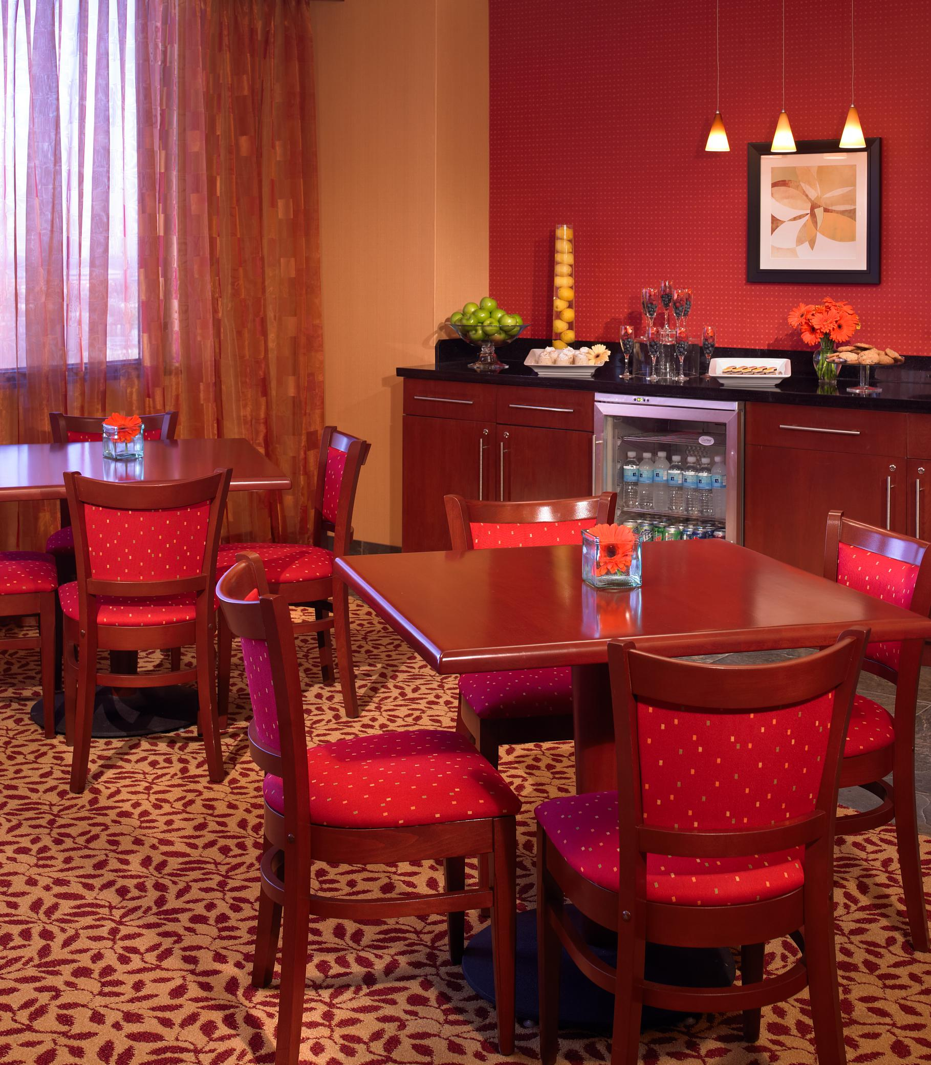 Marriott Kansas City Overland Park image 2