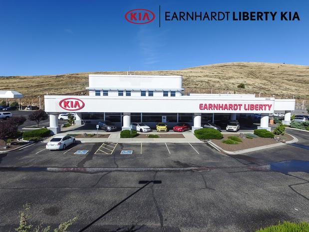 earnhardt liberty kia in prescott valley az 86314 citysearch. Black Bedroom Furniture Sets. Home Design Ideas