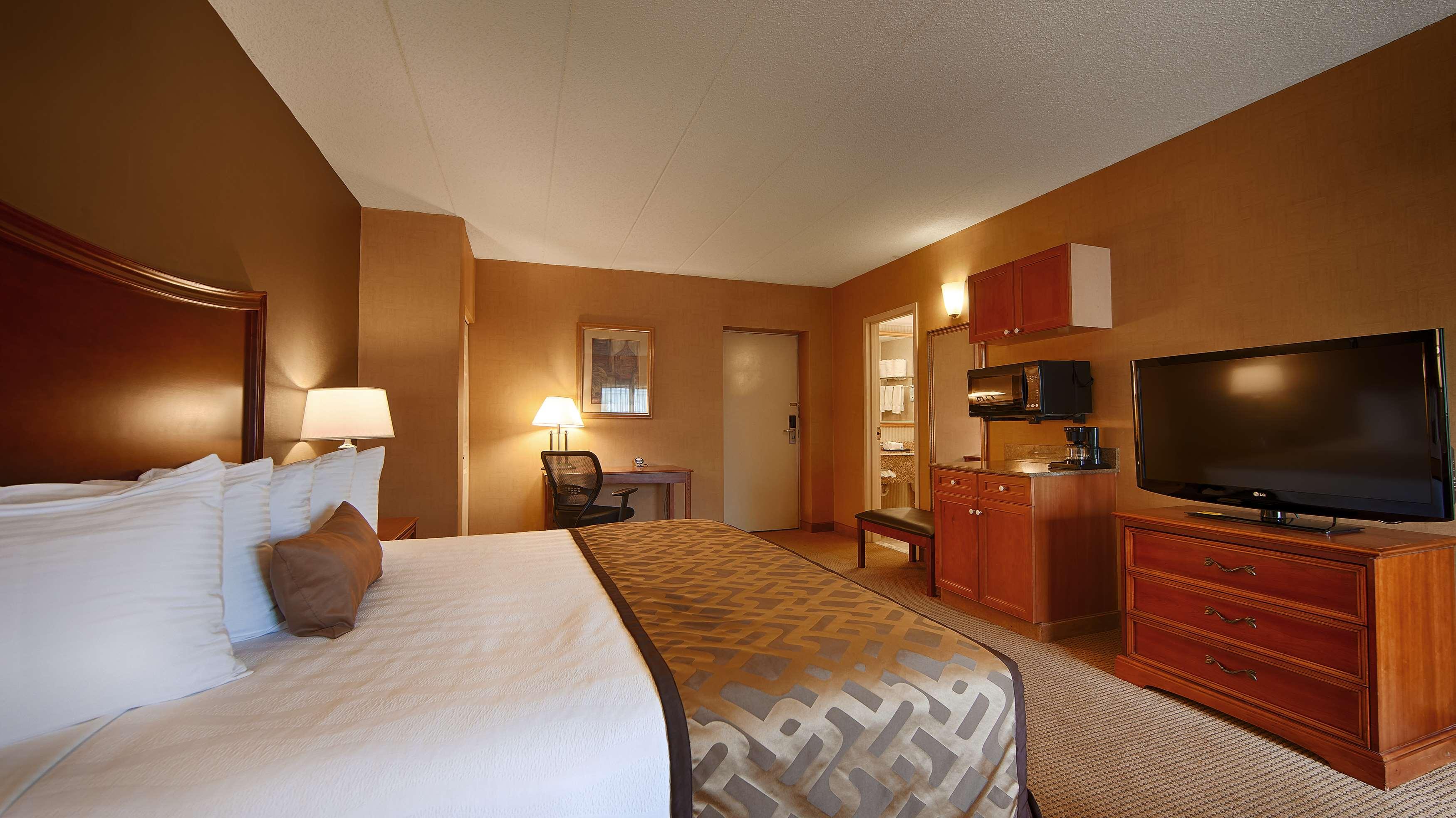 Best Western Plus North Haven Hotel image 24