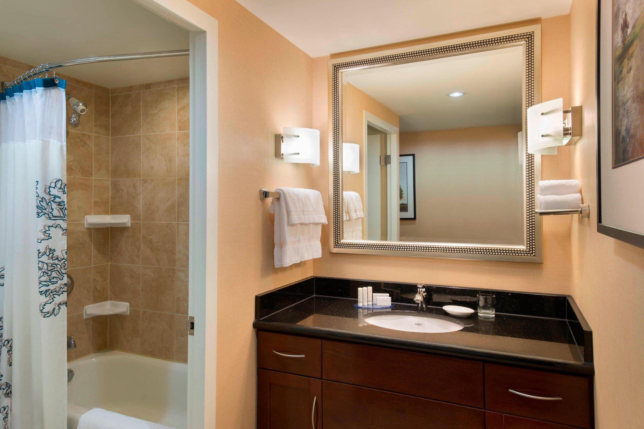 Residence Inn by Marriott Toronto Downtown/Entertainment District