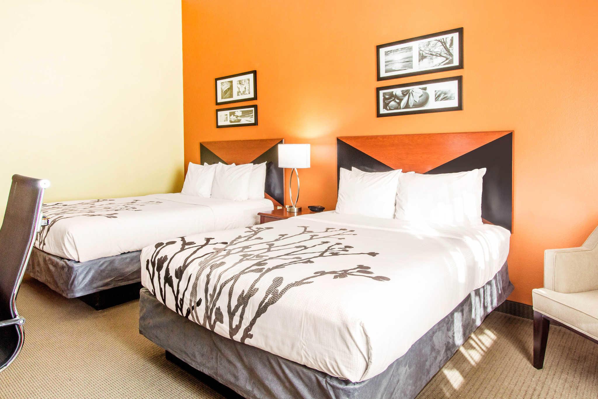 Sleep Inn & Suites Wildwood - The Villages image 9
