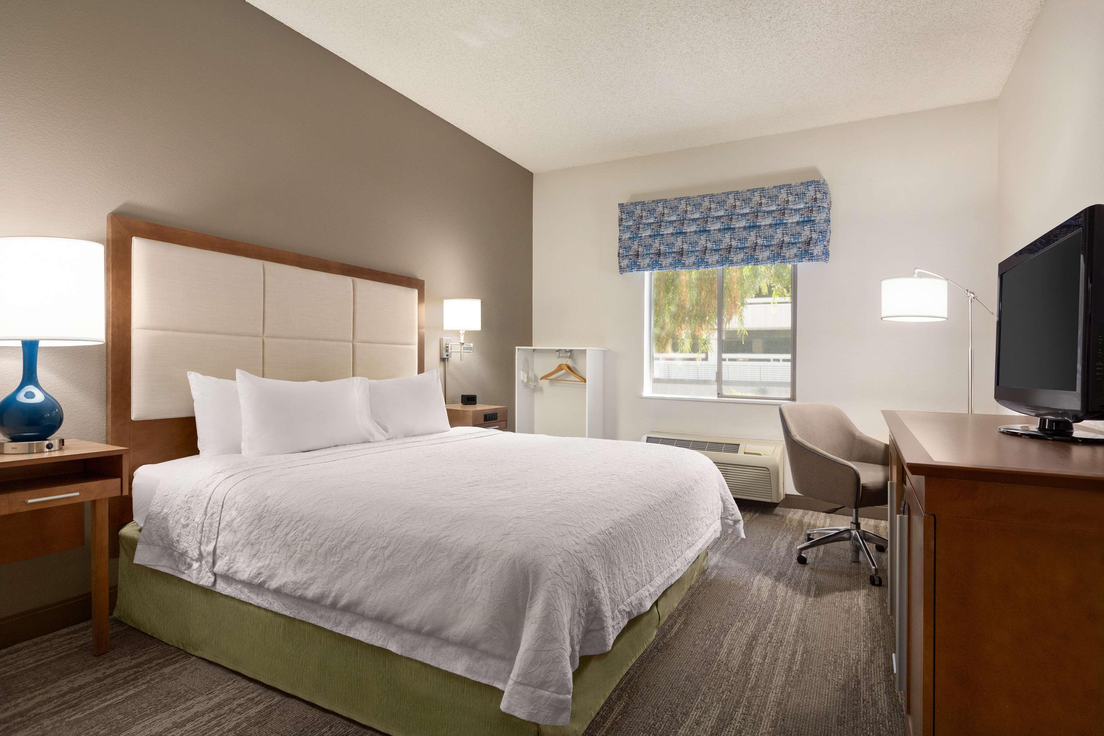 Hampton Inn Phoenix-Midtown-Downtown Area image 23
