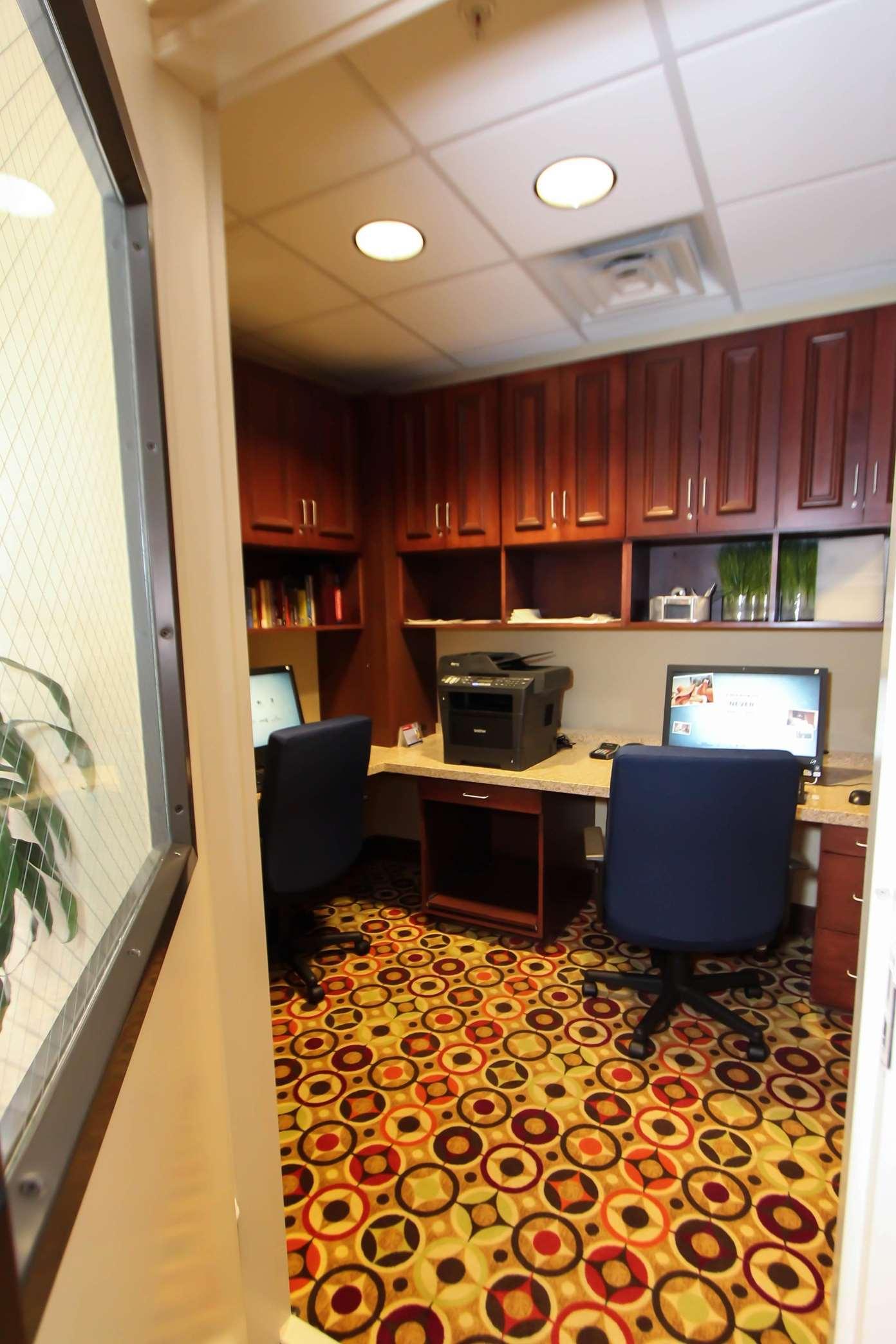 Hampton Inn & Suites Denver-Speer Boulevard image 7