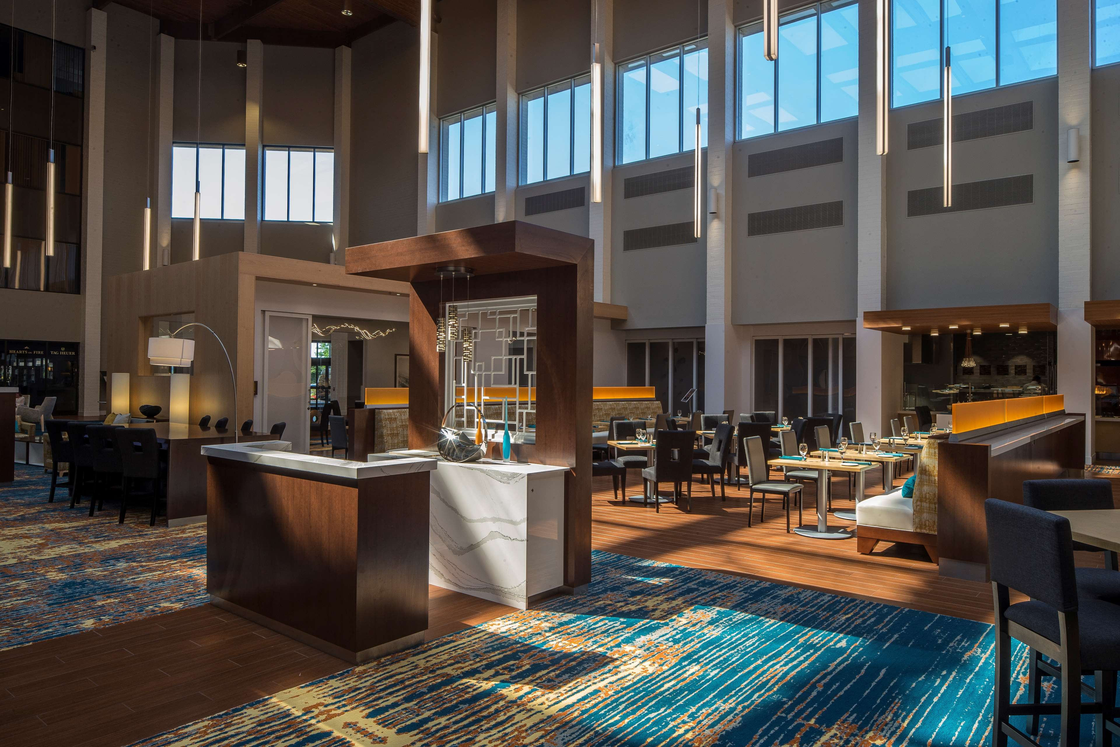 DoubleTree by Hilton Hotel Pittsburgh - Cranberry image 2