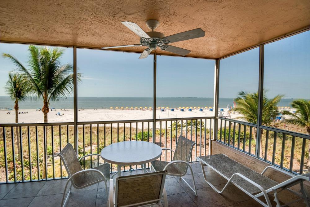 Beach Coast Accommodations 275 Estero Blvd Fort Myers