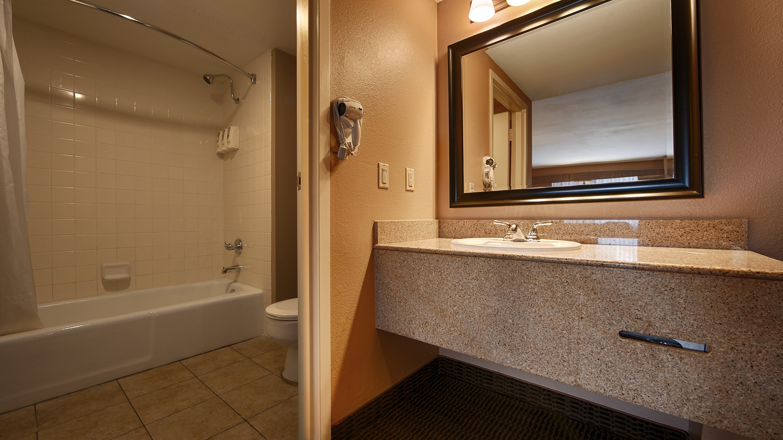 Best Western Diamond Bar Hotel & Suites image 8