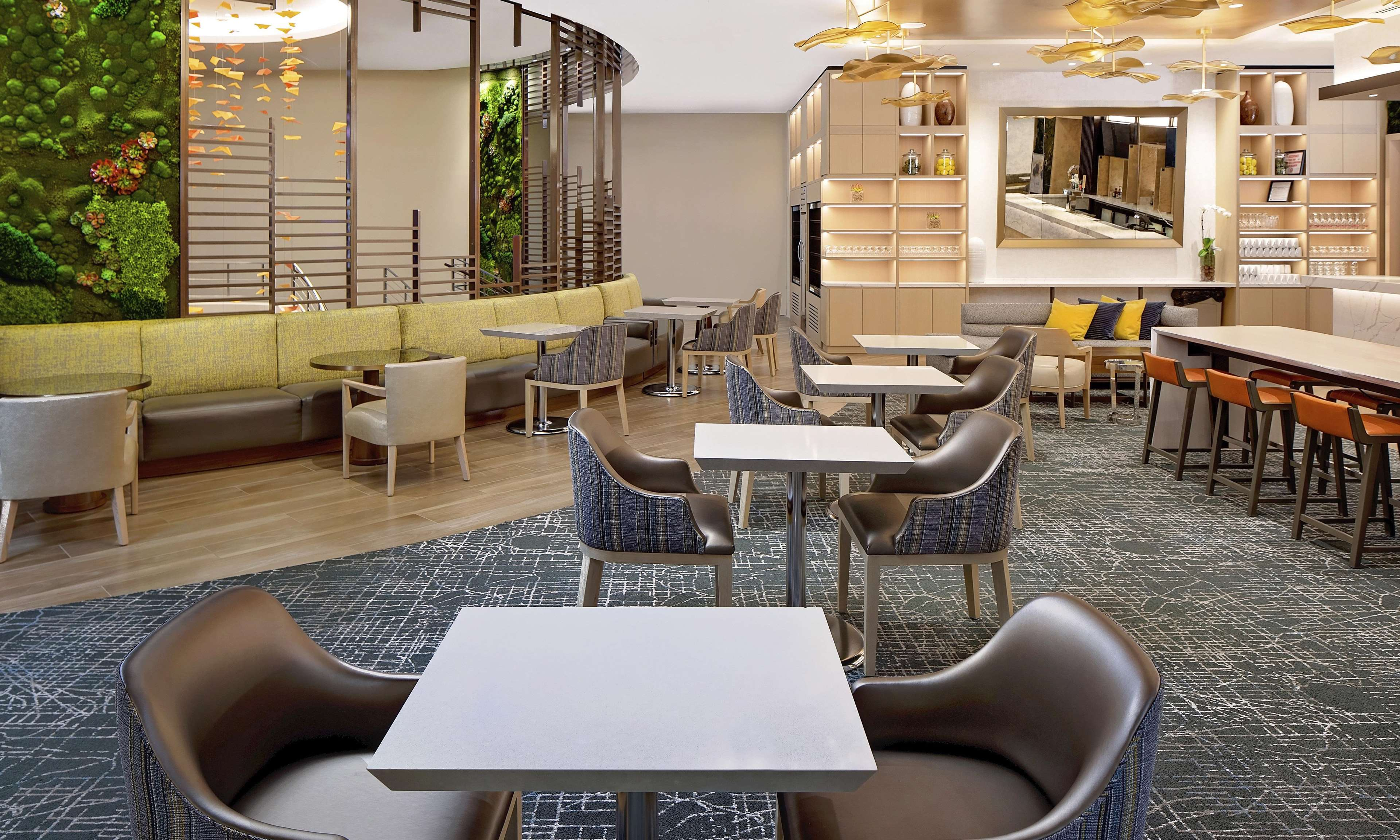 Hilton Grand Vacations Chicago Downtown Magnificent Mile image 5