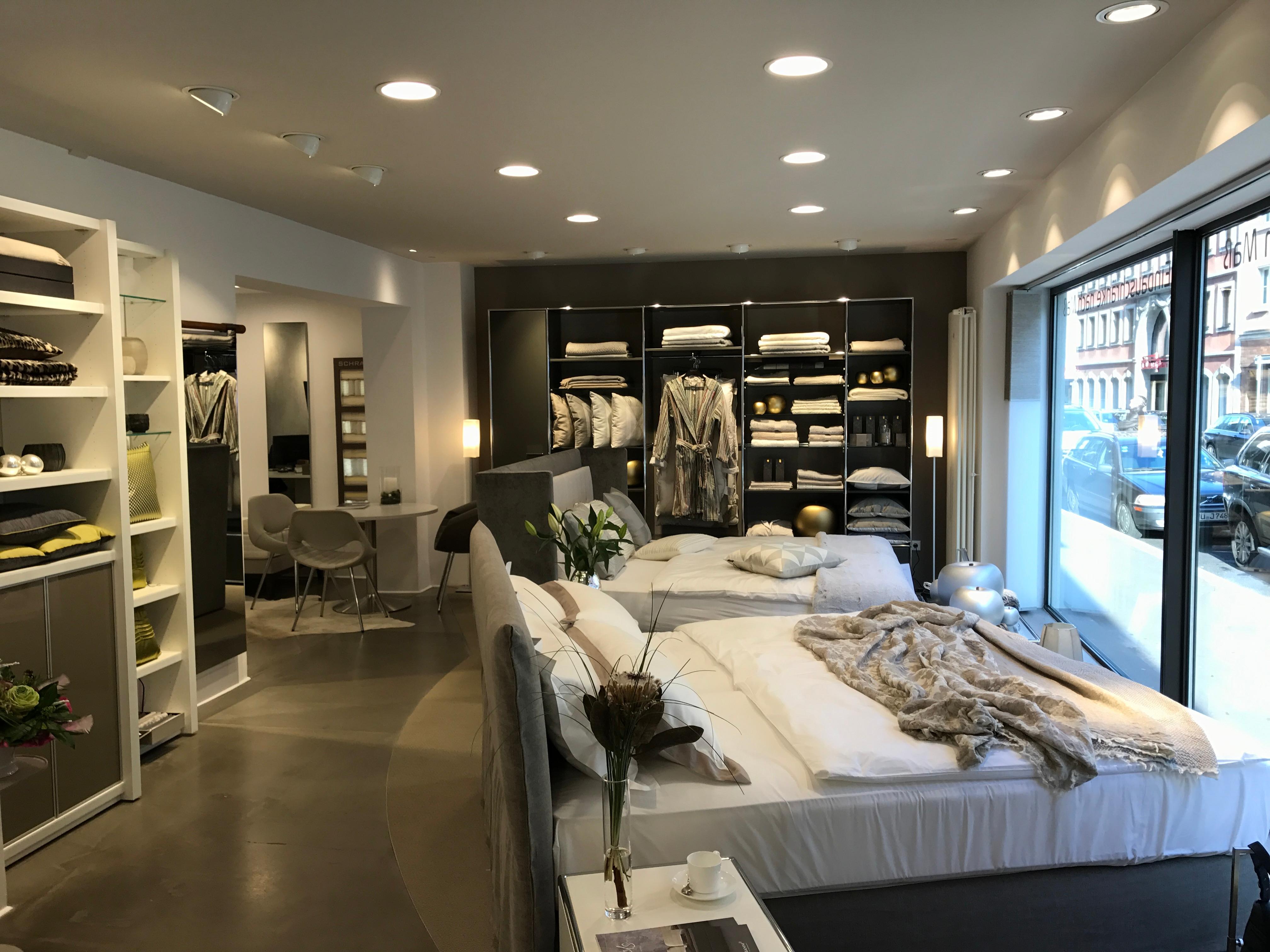 freiraum iris bothe e k einrichtung und mode ffnungszeiten freiraum iris bothe e k. Black Bedroom Furniture Sets. Home Design Ideas