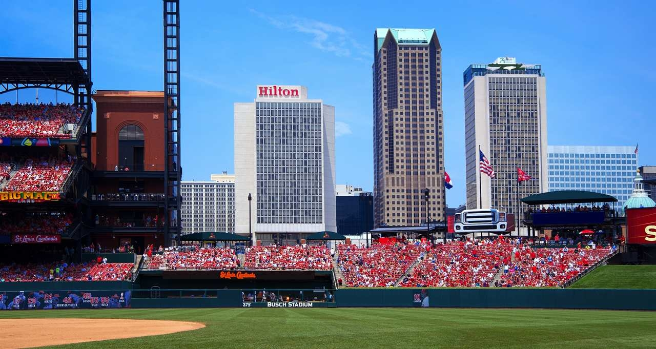 Hilton St. Louis at the Ballpark image 1