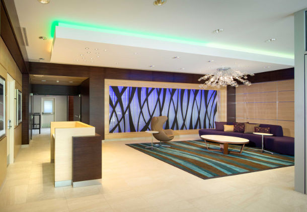 Hotels Near Scotiabank Saddledome