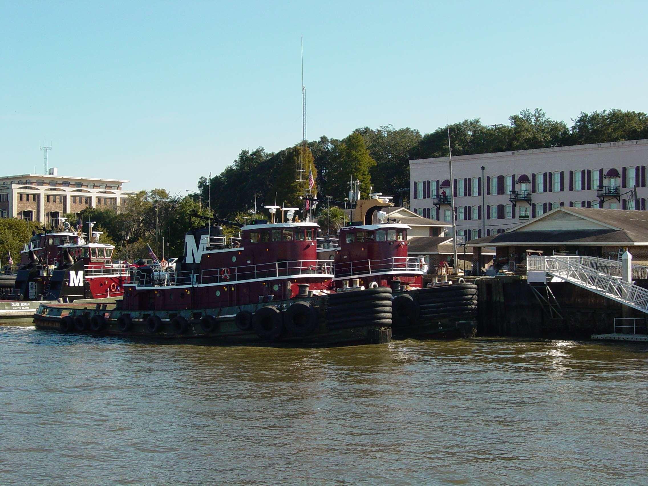 Hampton Inn & Suites Savannah Historic District image 48