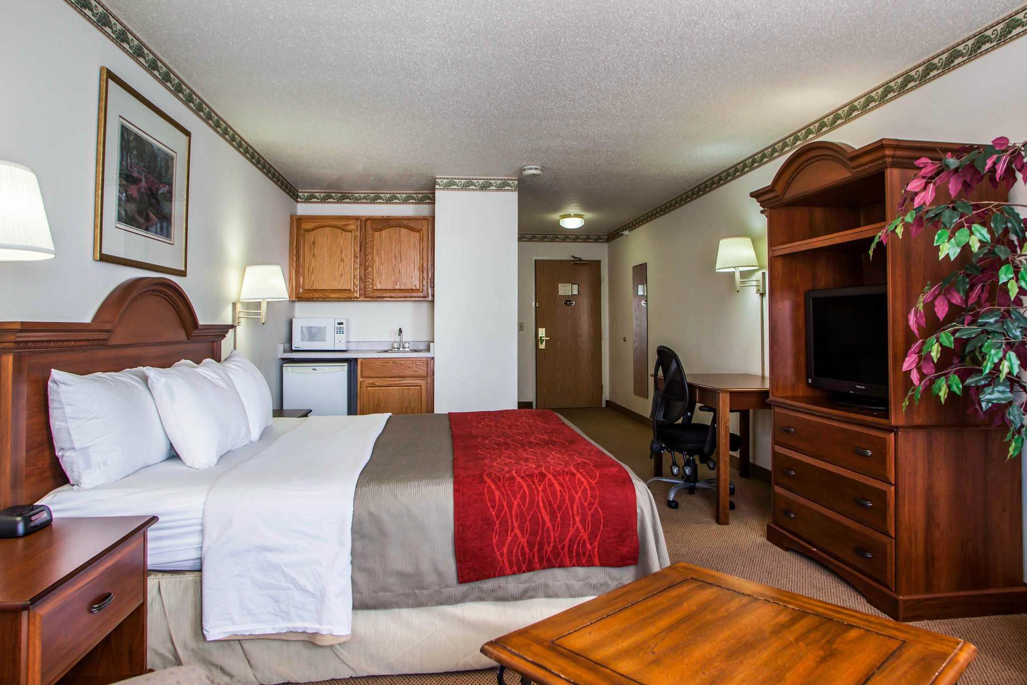 Comfort Inn & Suites in Geneva, IL, photo #26