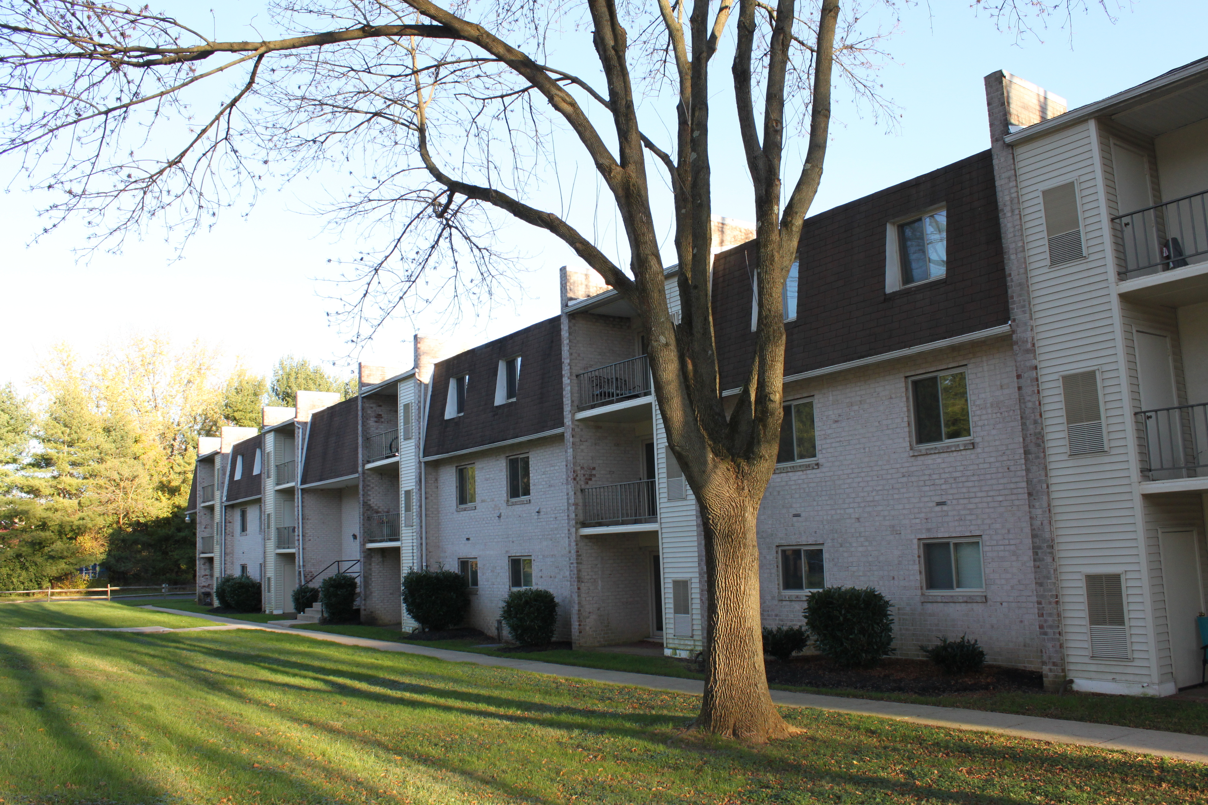 Caln East Apartments image 1
