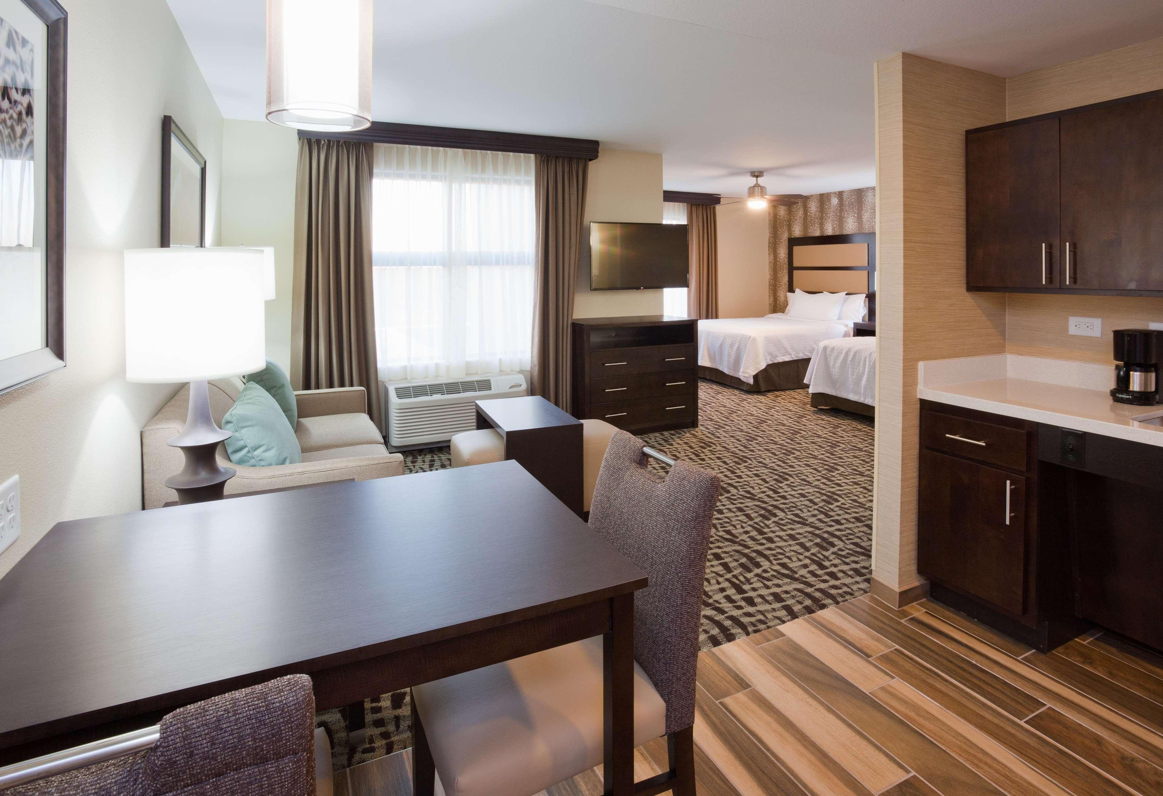 Homewood Suites by Hilton Davenport image 11