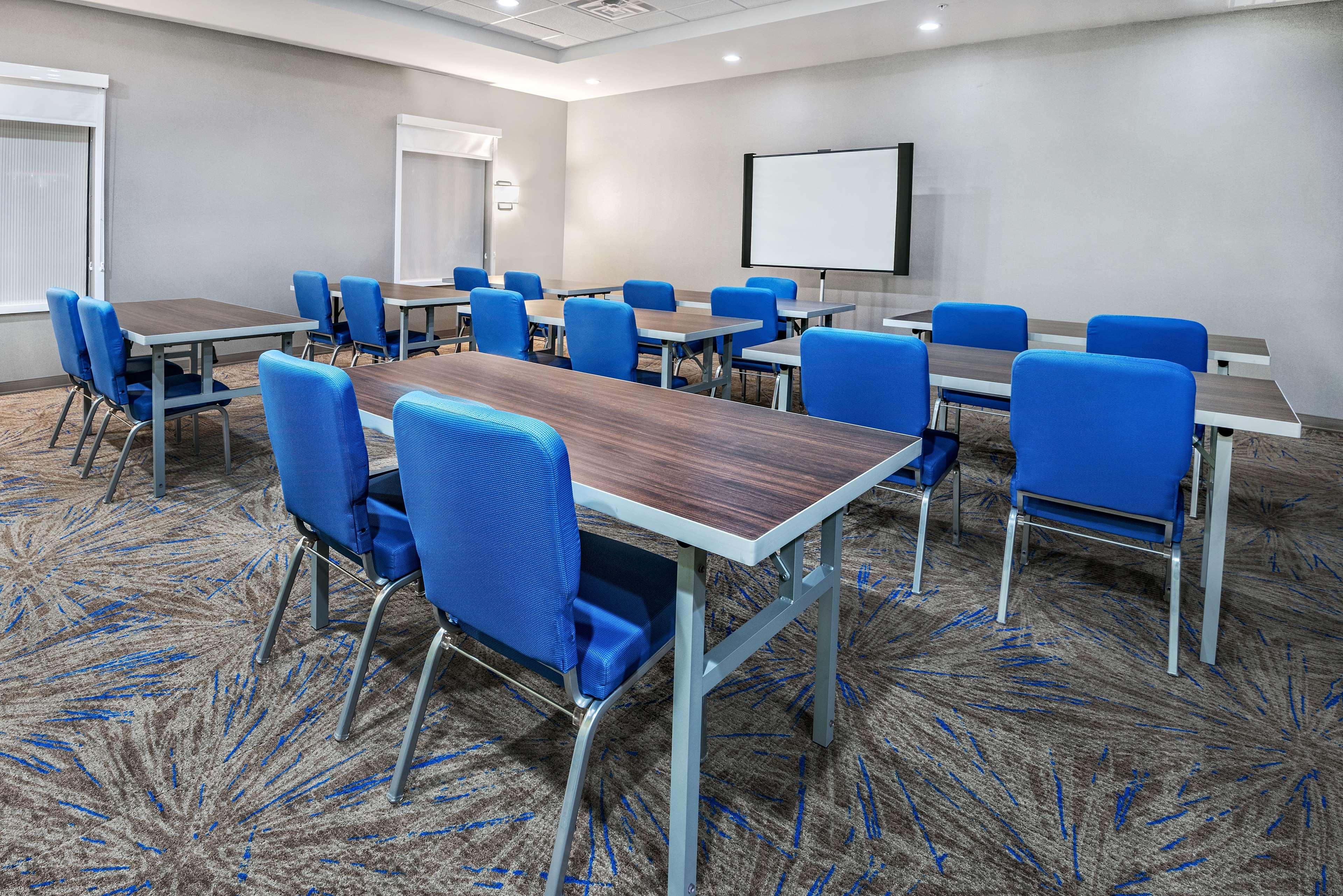 Home2 Suites by Hilton Austin Airport image 36