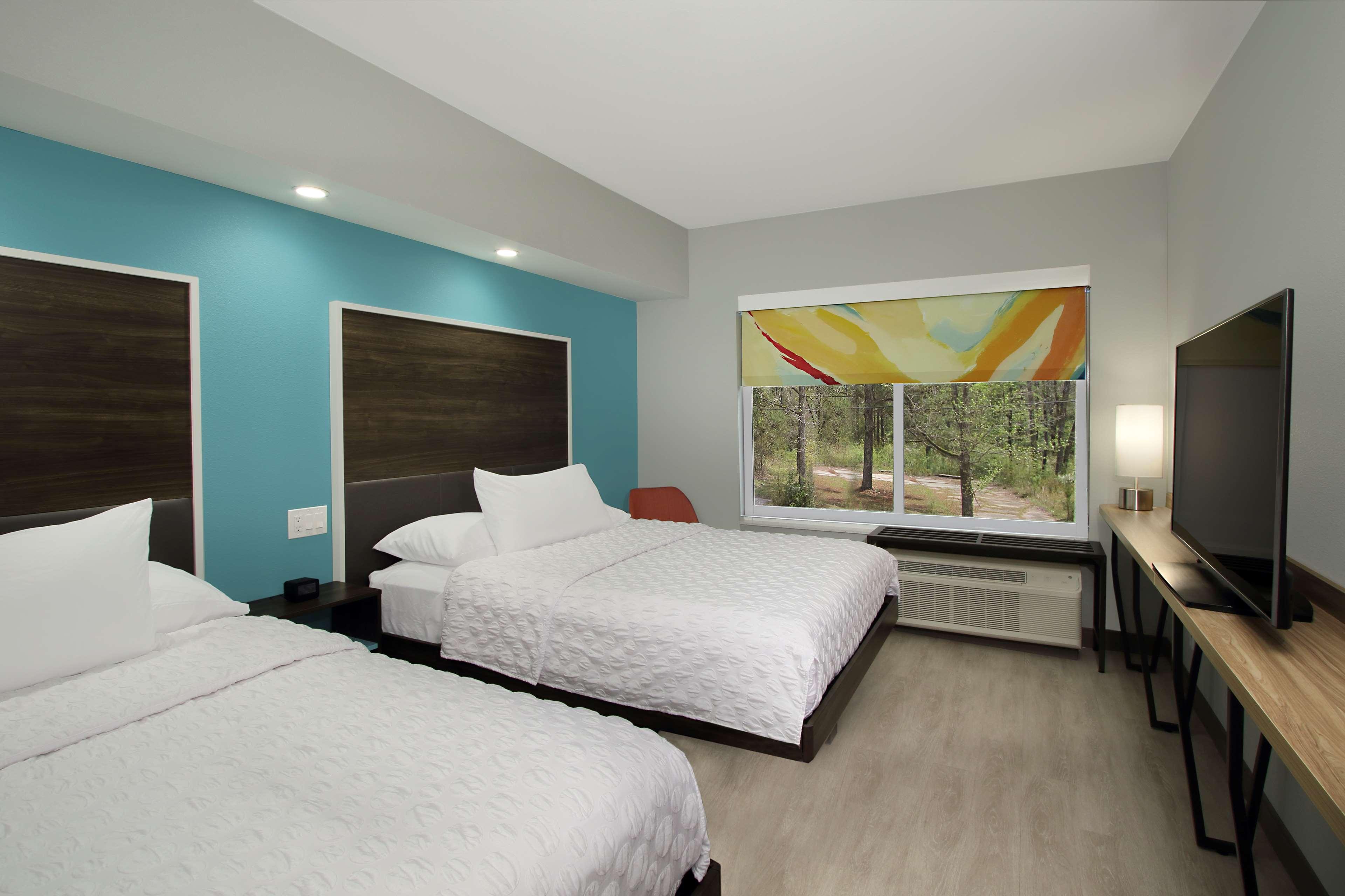 Tru by Hilton Meridian image 27
