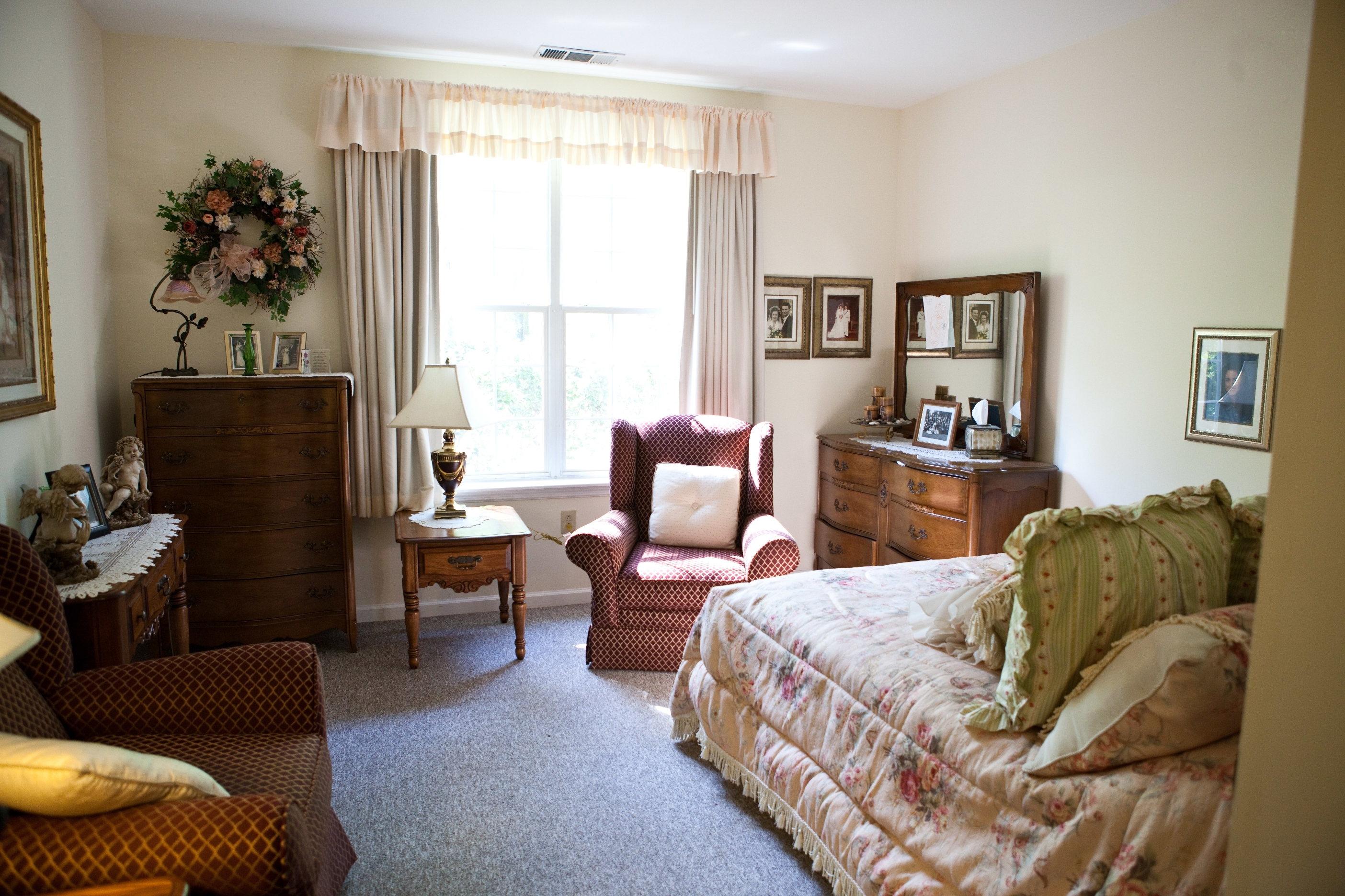 The Hills of Cumberland Village - A Marrinson Senior Care Residence image 1