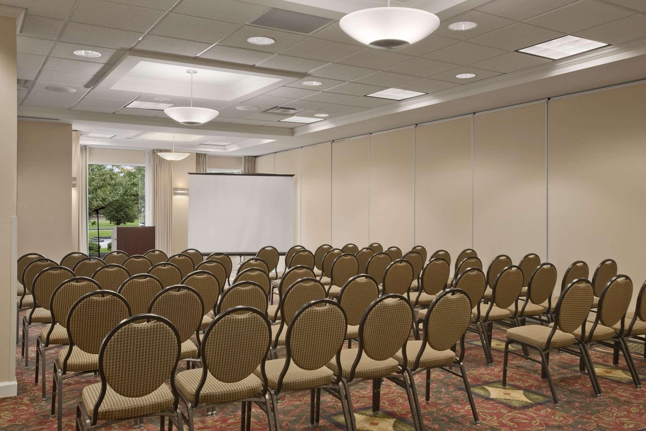 Hilton Garden Inn Syracuse image 20