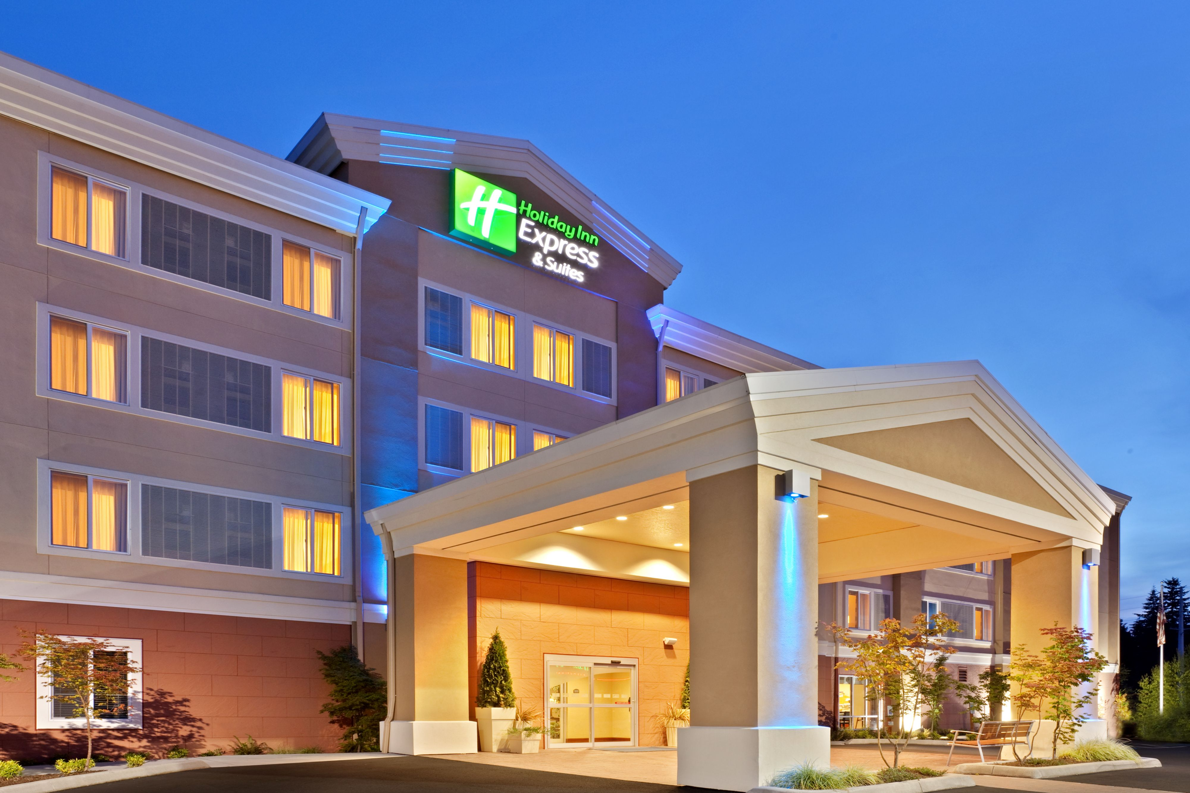 Holiday Inn Express & Suites Martinsville-Bloomington Area image 5