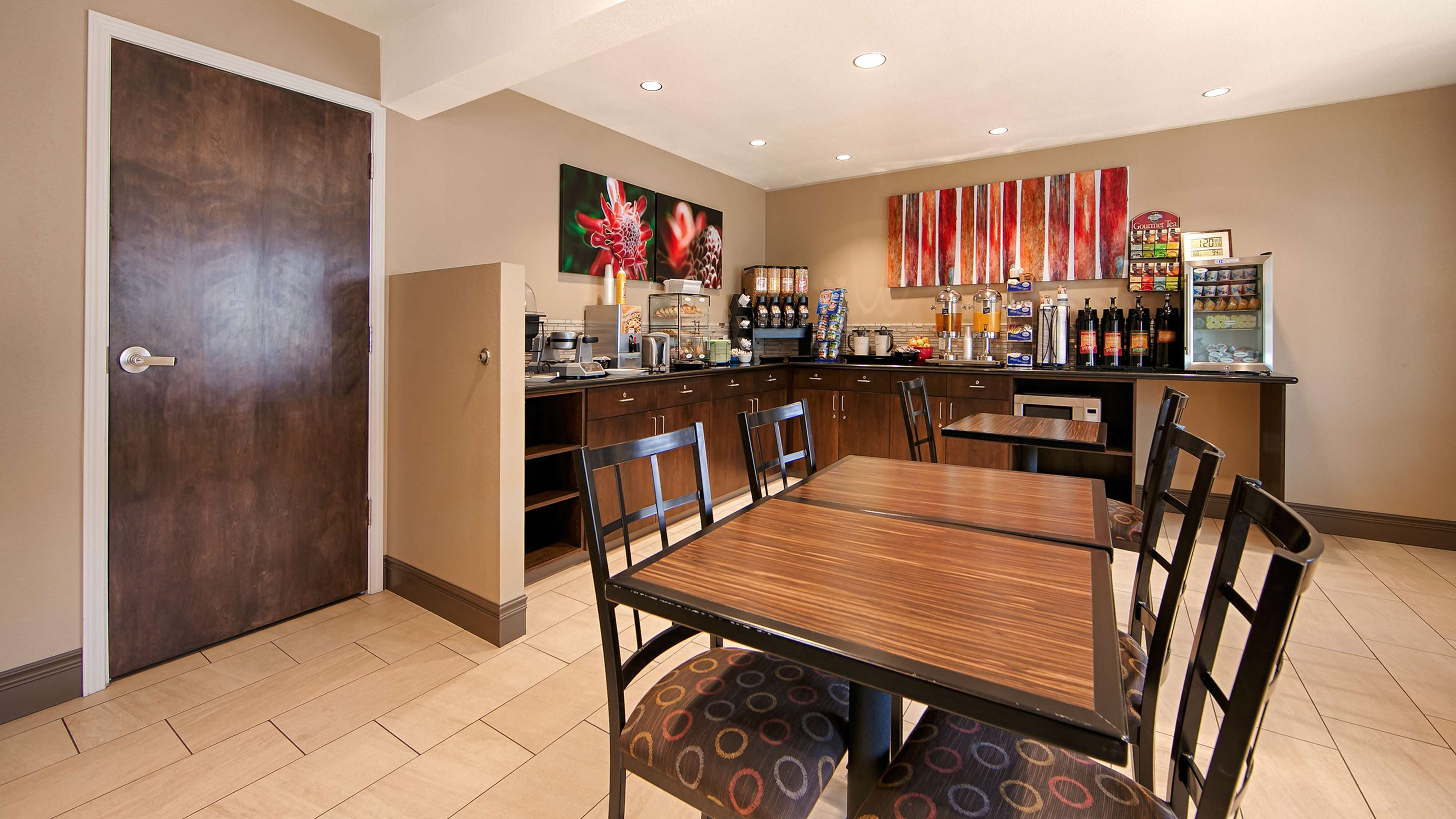Best Western Fallon Inn & Suites image 1