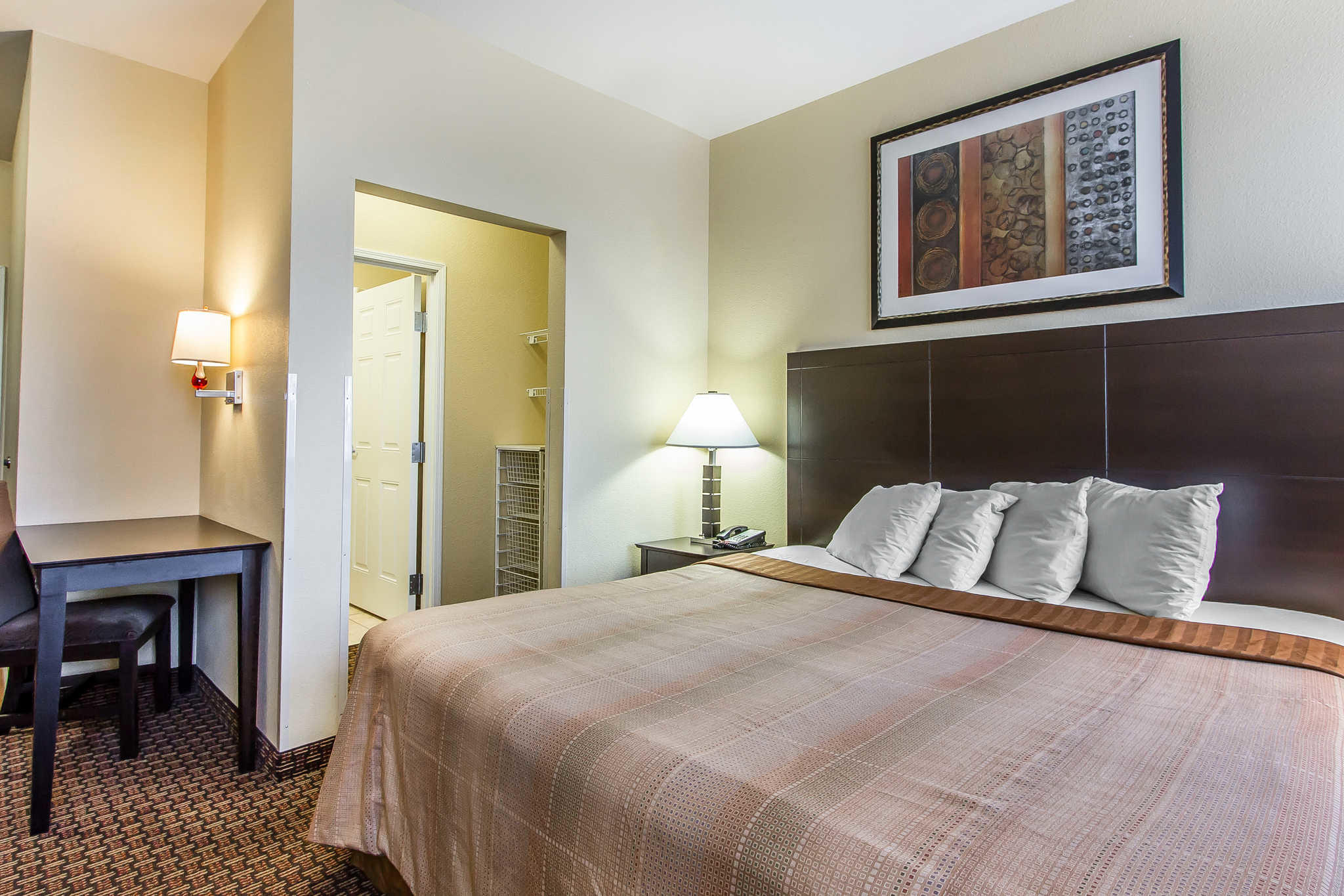 MainStay Suites Fort Campbell image 13