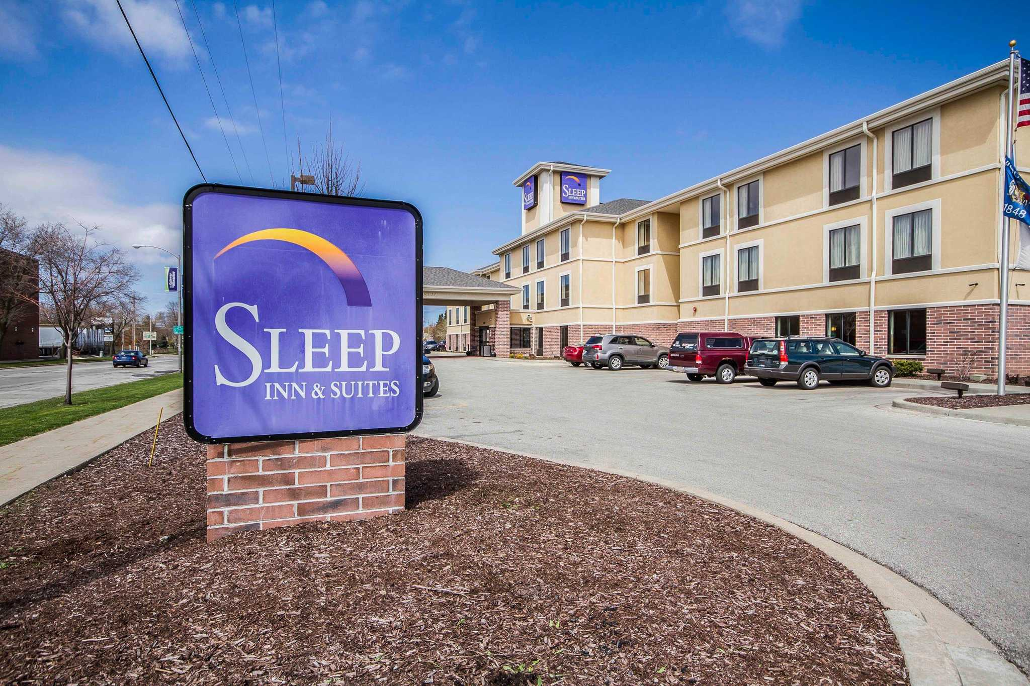 Sleep Inn & Suites Airport image 2