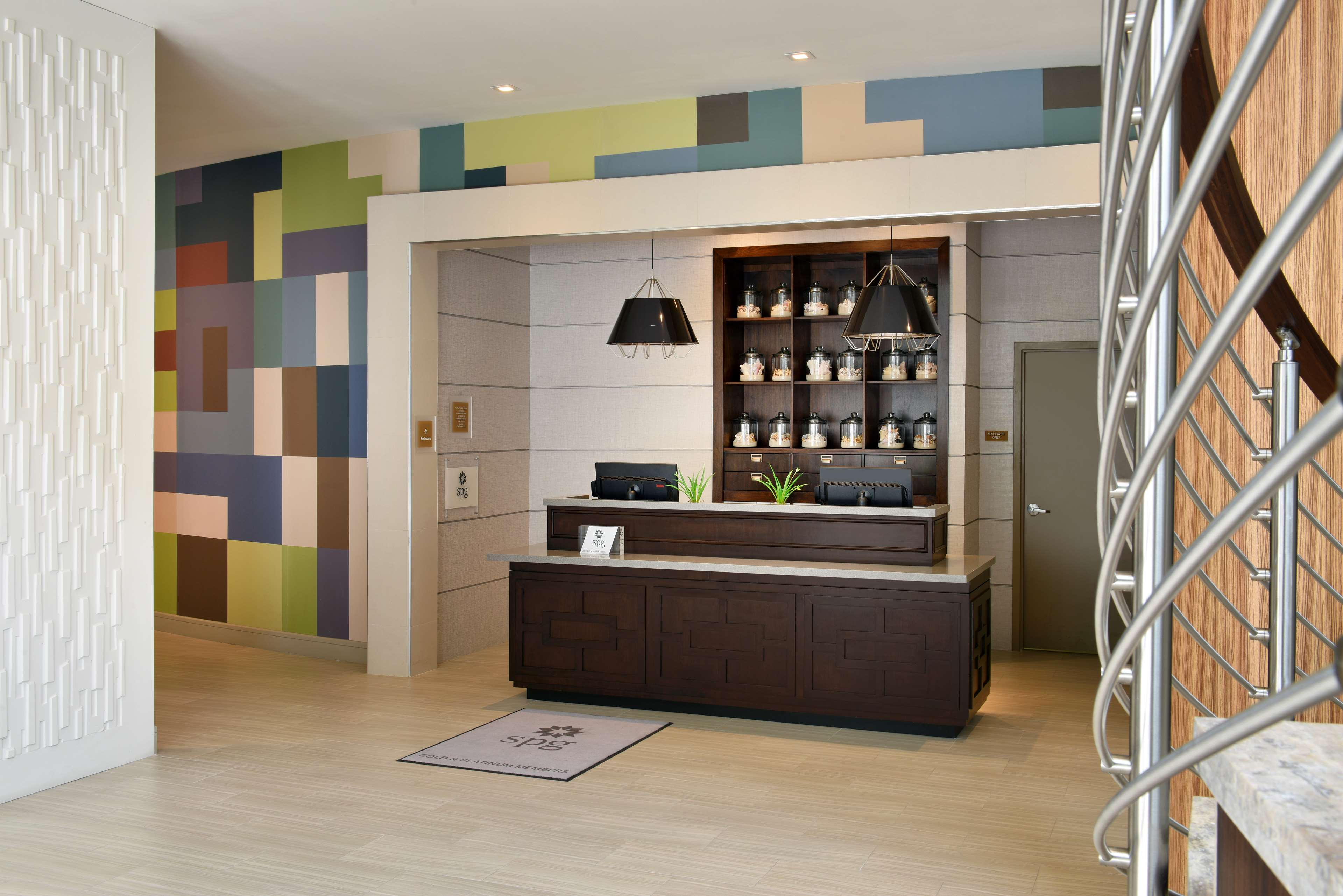 Four Points by Sheraton Coral Gables image 1