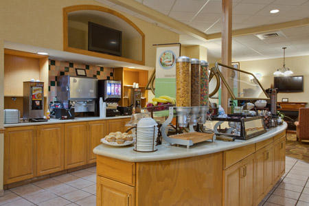 Country Inn & Suites by Radisson, Orlando Airport, FL image 2