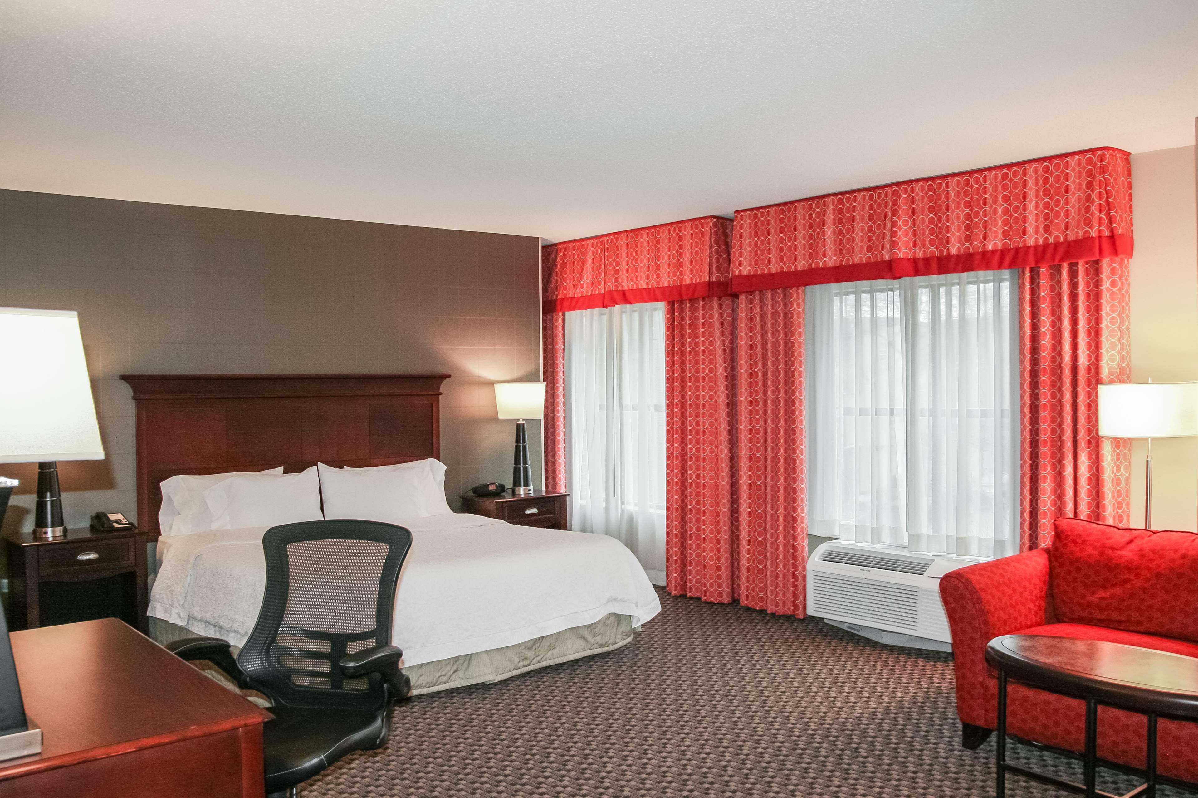 Hampton Inn Baltimore-Downtown-Convention Center image 21