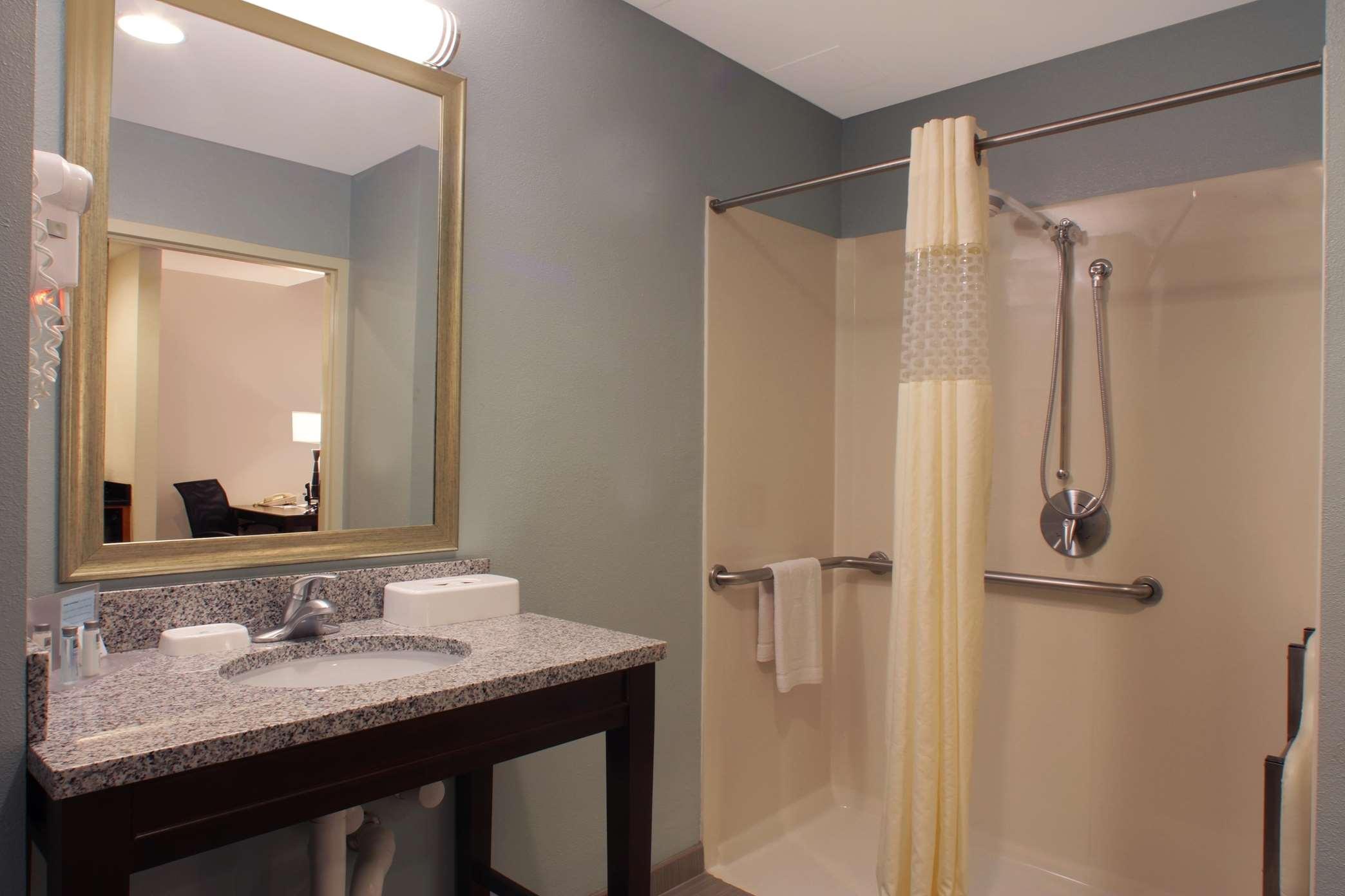 Hampton Inn & Suites Port St. Lucie, West image 17