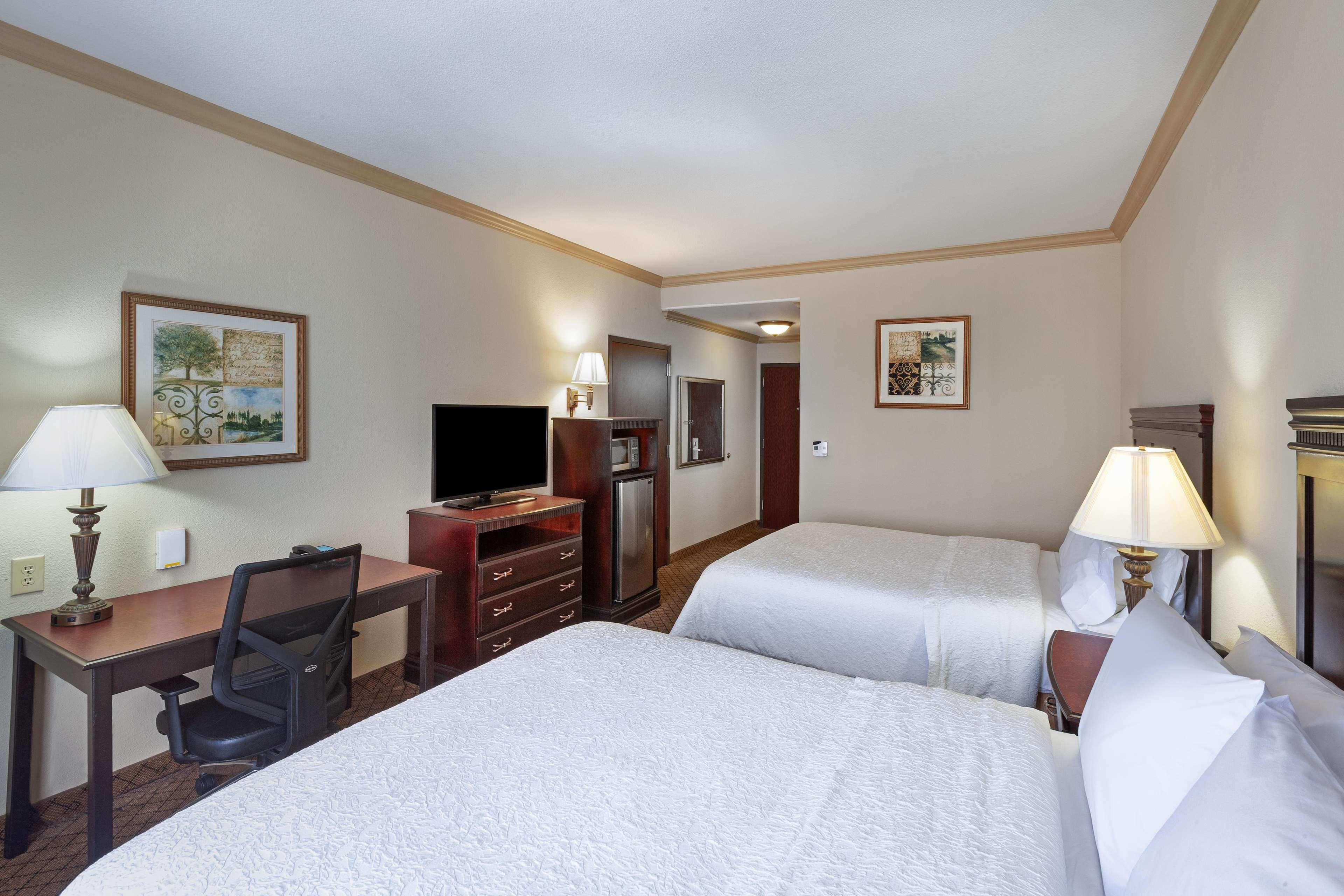 Hampton Inn & Suites Galveston image 22