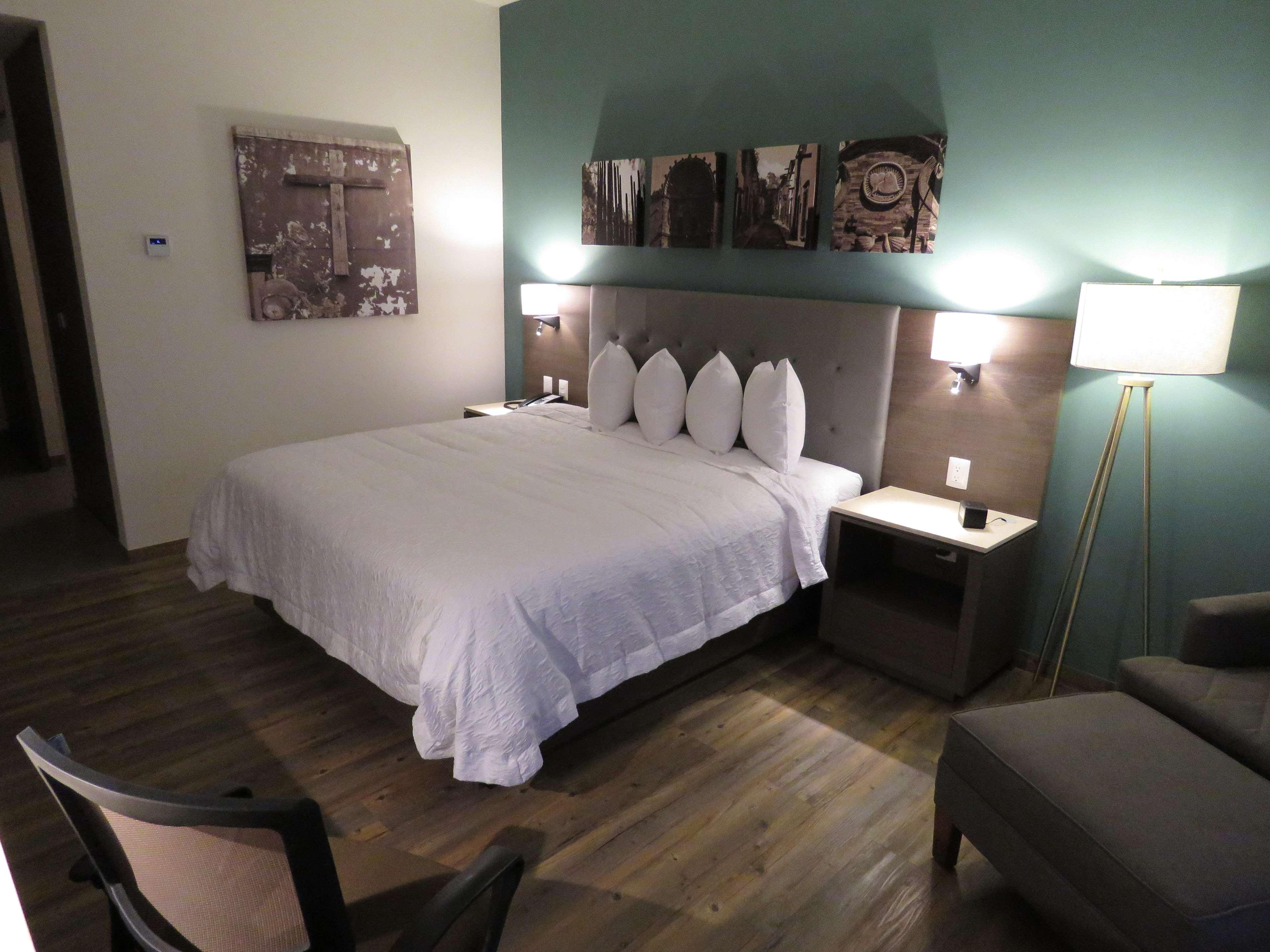 Hampton Inn by Hilton Celaya