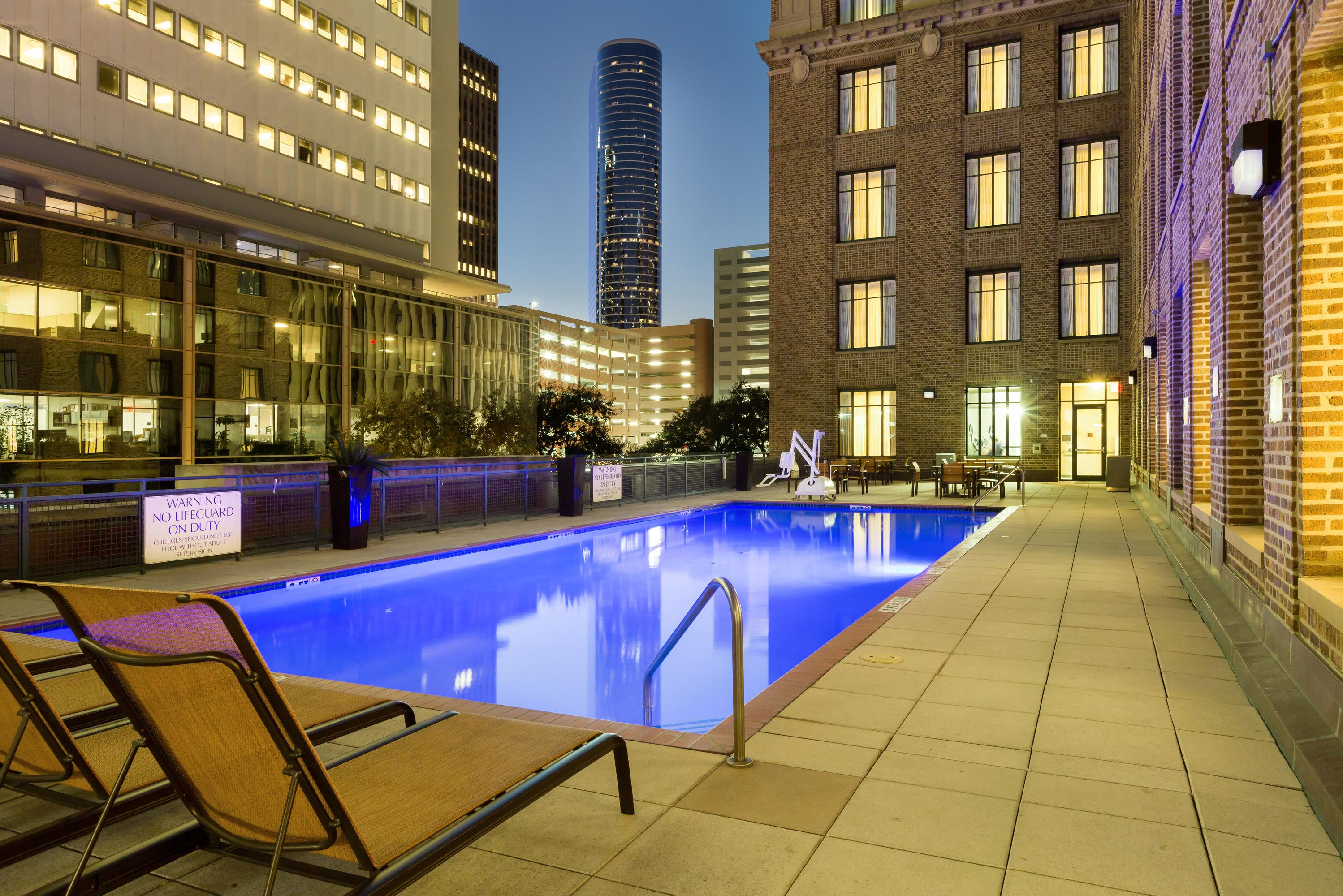 Residence Inn by Marriott Houston Downtown/Convention Center image 23