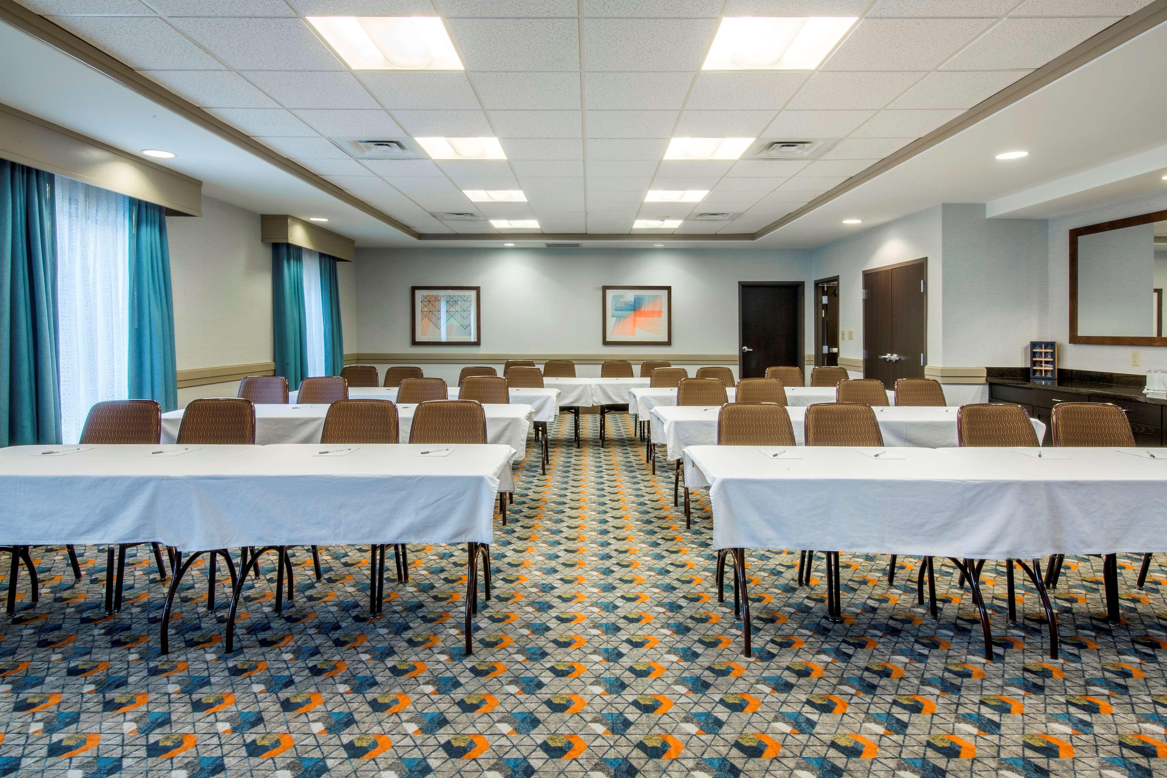 Hampton Inn & Suites Spokane Valley image 37