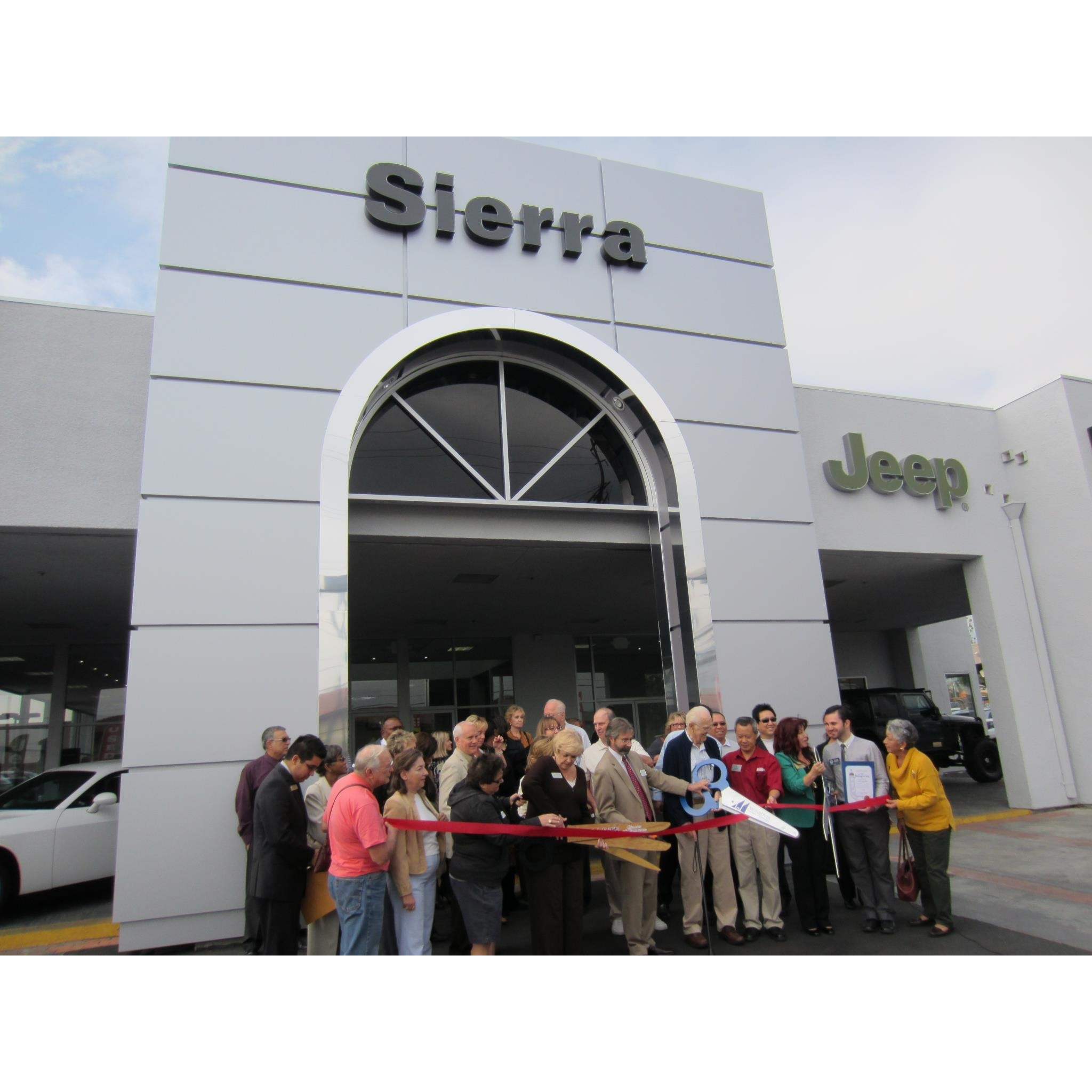 sierra chrysler dodge jeep ram 1305 s mountain ave monrovia ca auto dealers mapquest. Black Bedroom Furniture Sets. Home Design Ideas