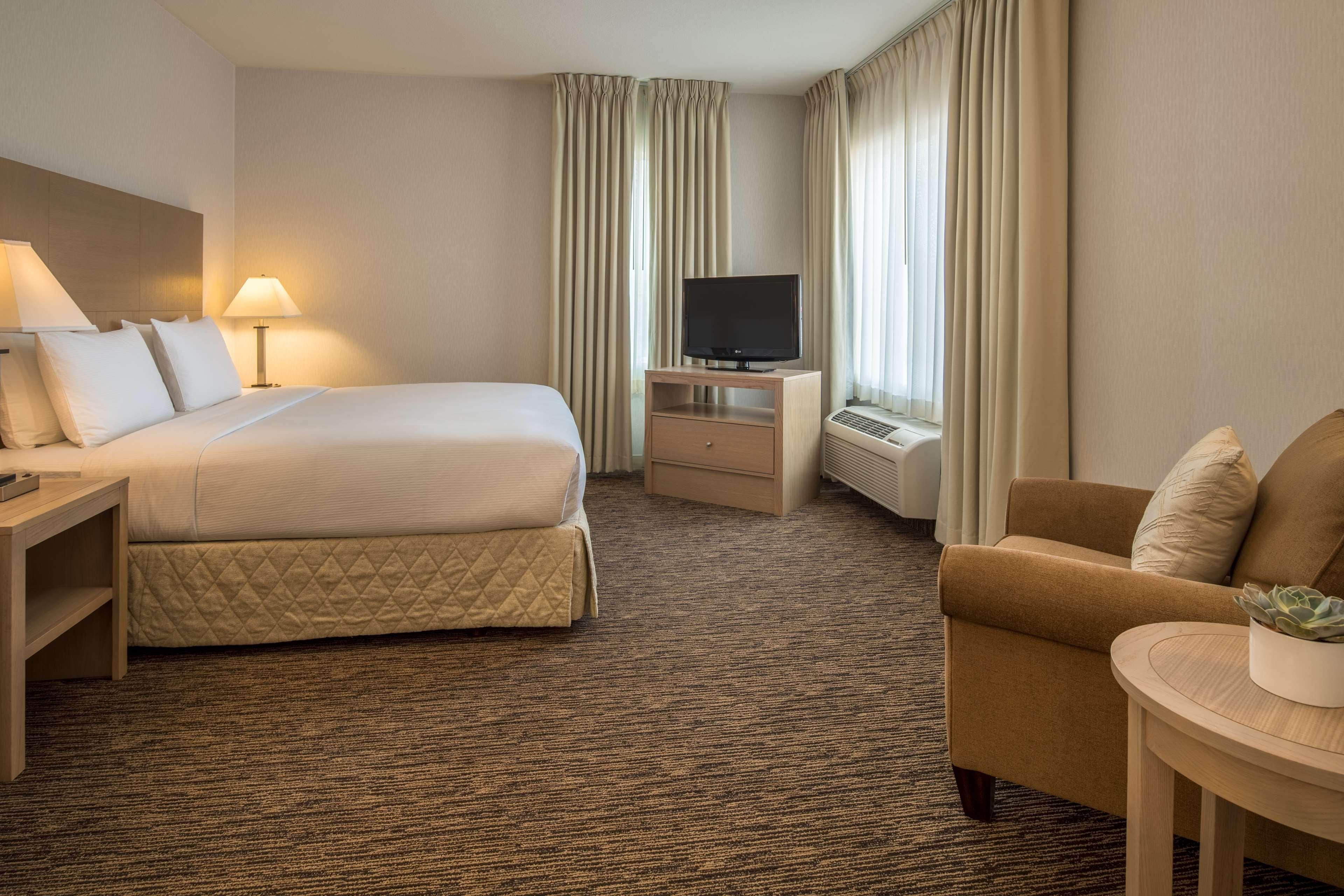 DoubleTree by Hilton Hotel Vancouver, Washington image 13