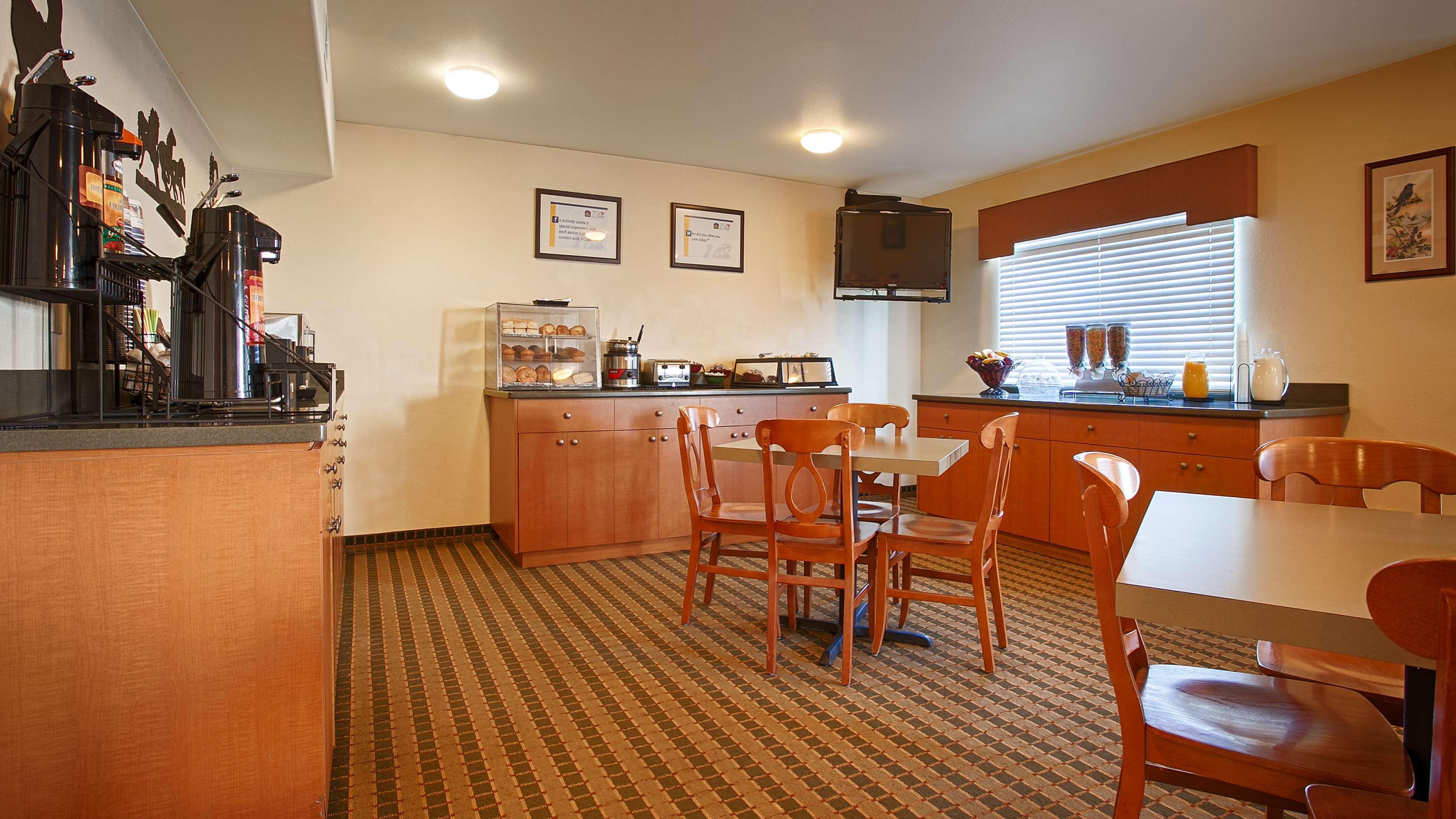 Best Western Rose Quartz Inn image 2