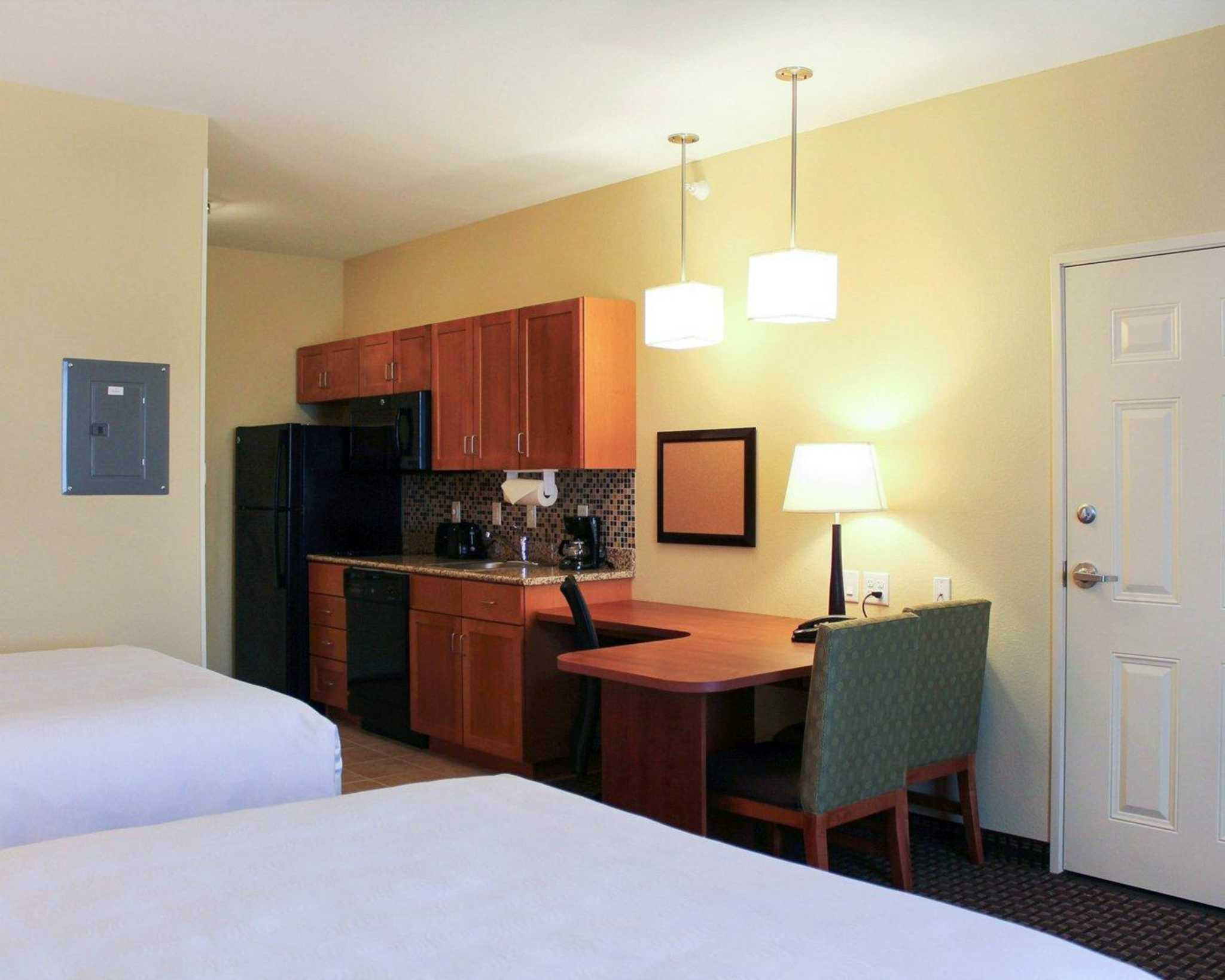 MainStay Suites Tioga image 0