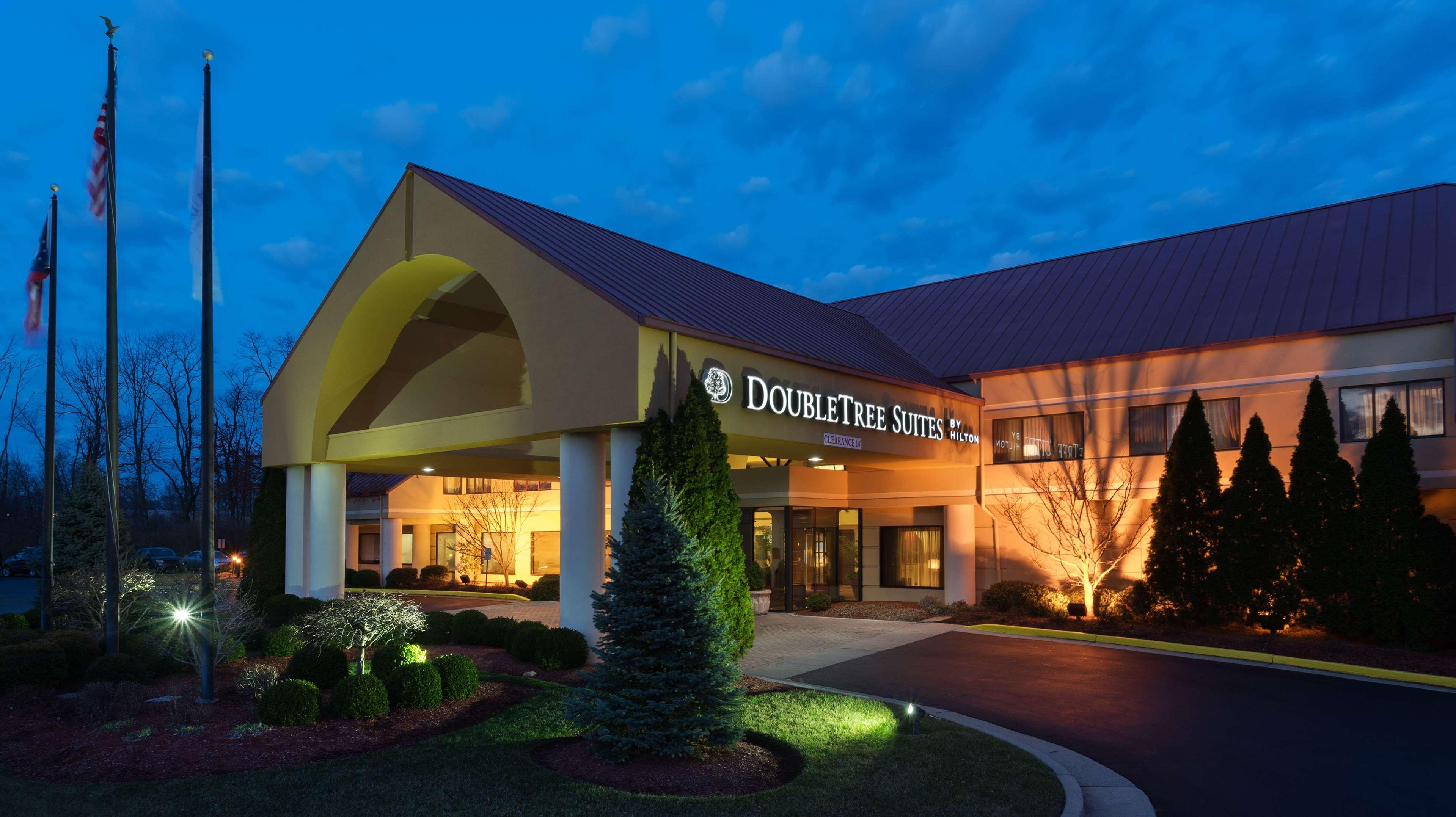 DoubleTree Suites by Hilton Hotel Cincinnati - Blue Ash image 0