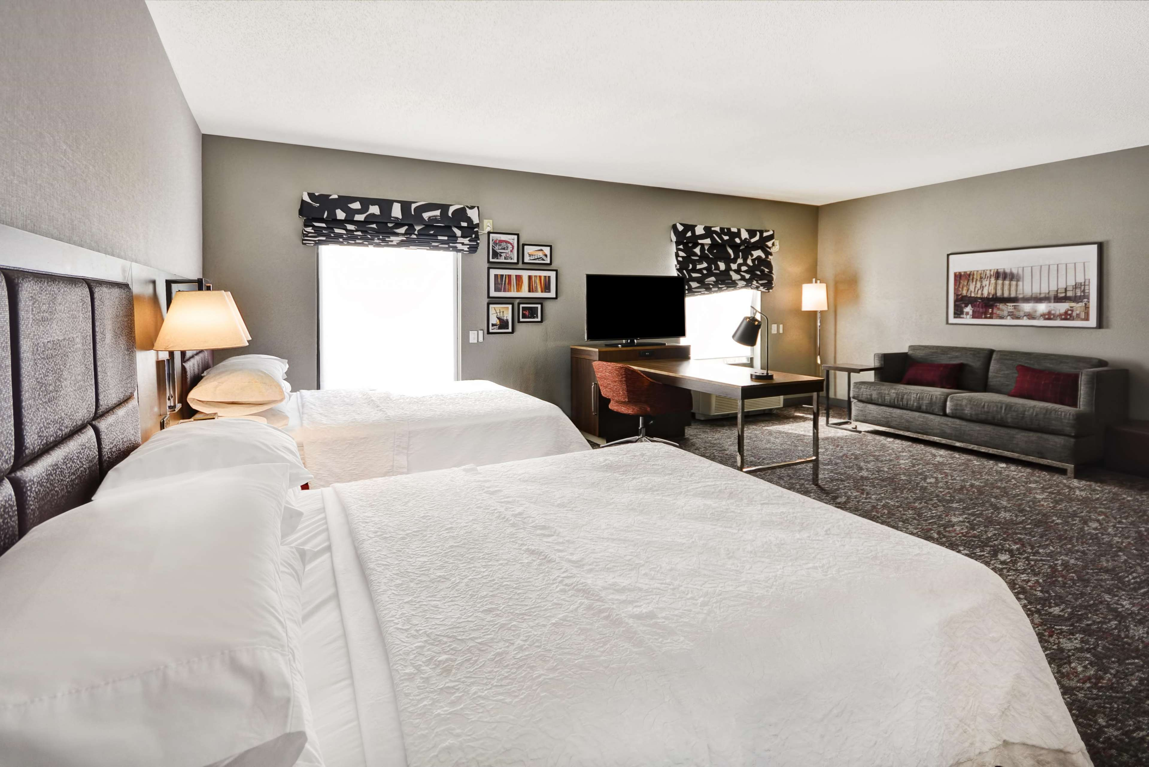 Hampton Inn & Suites Columbus-Easton Area image 51