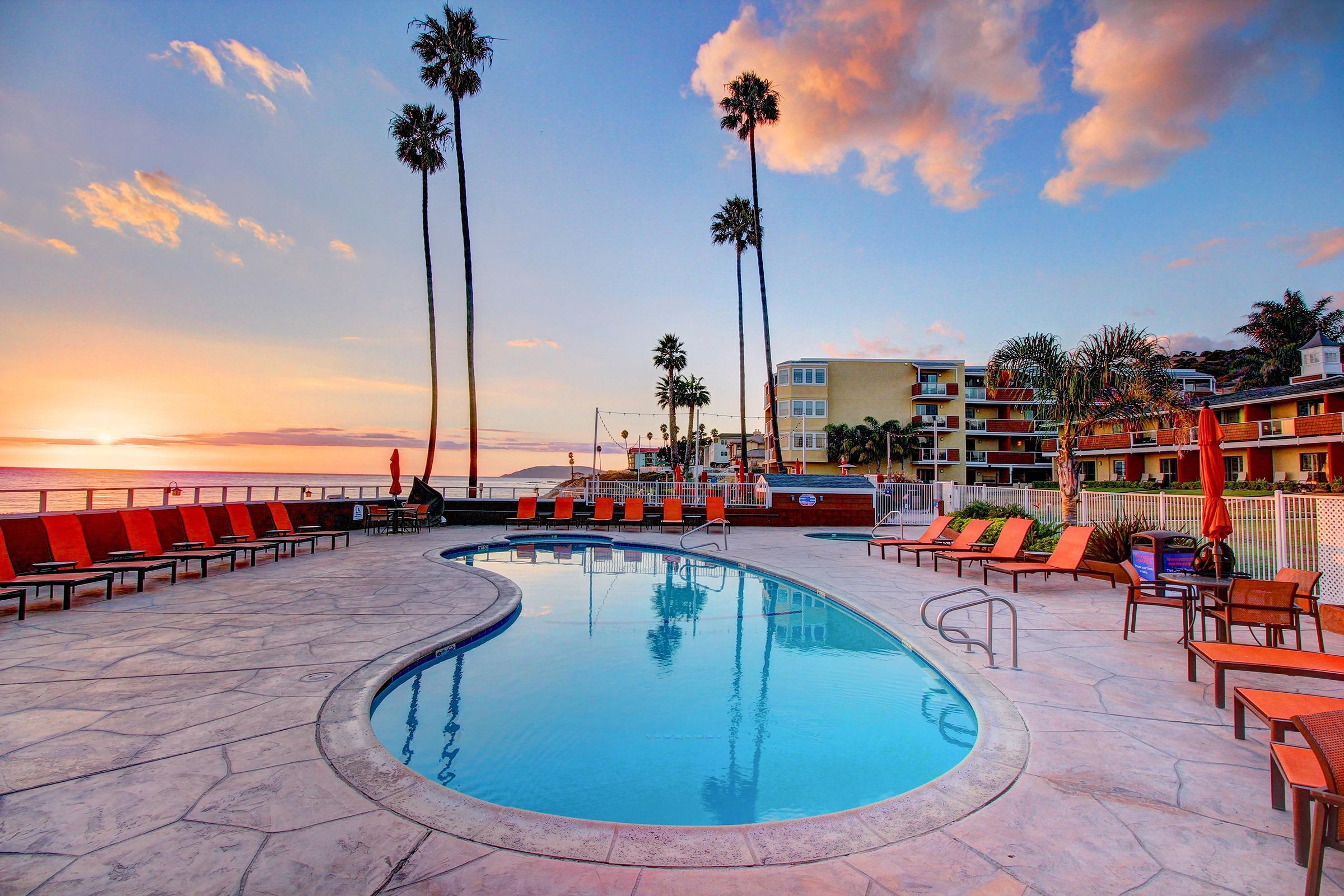 SeaCrest OceanFront Hotel image 0