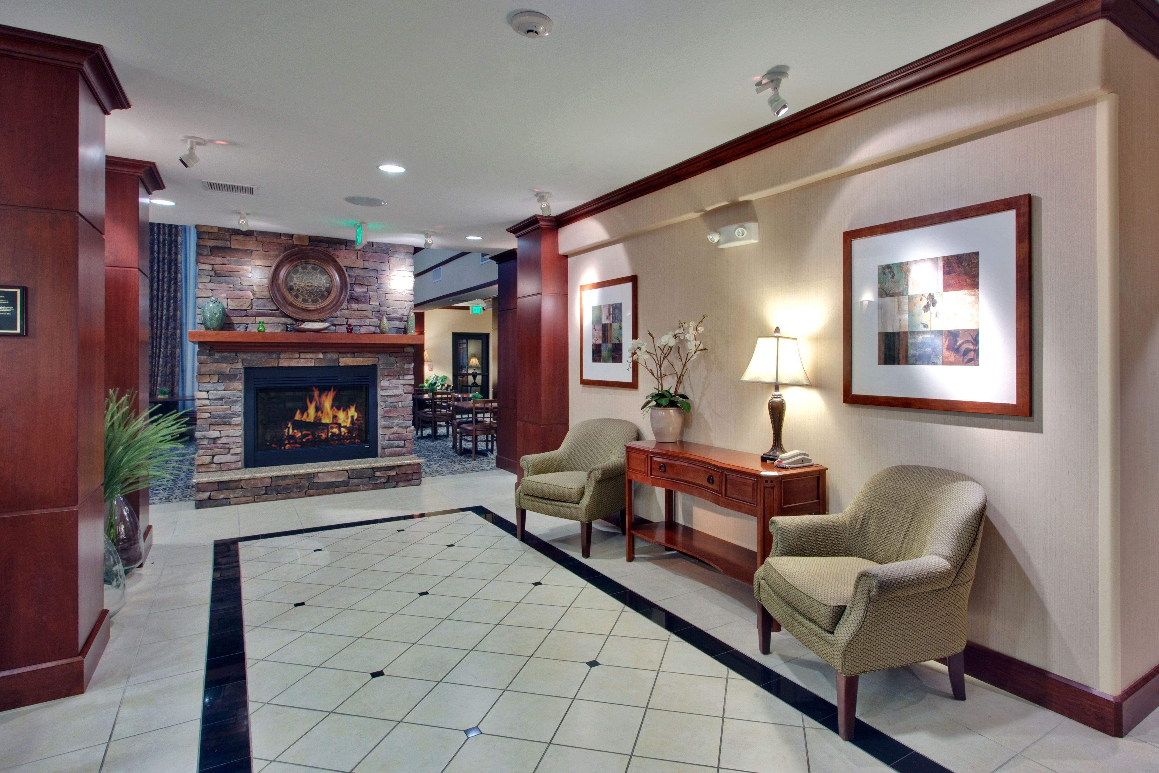 Staybridge Suites Phoenix - Glendale Sports Dist image 4