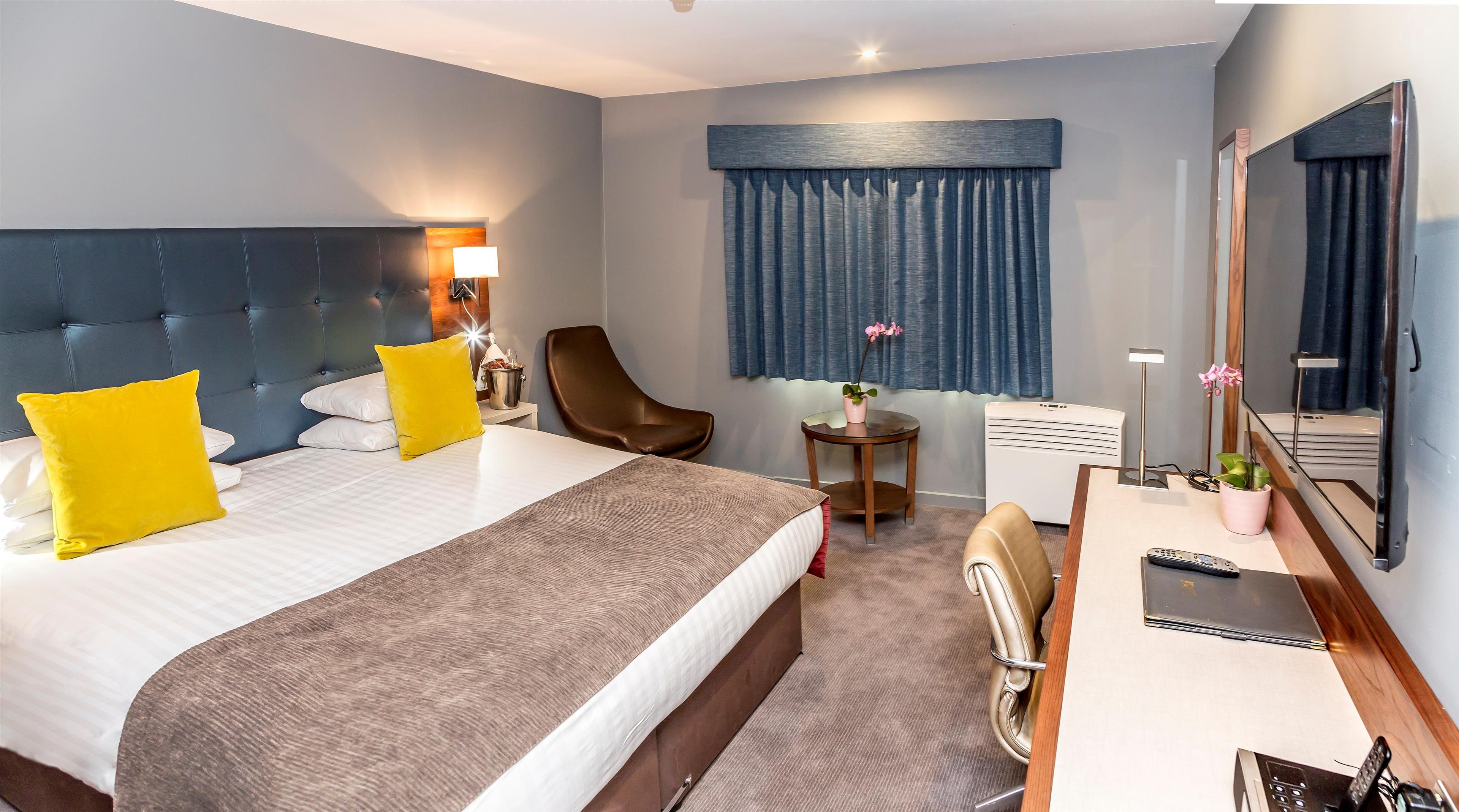 best western atlantic hotel hotels in chelmsford cm1 1pp. Black Bedroom Furniture Sets. Home Design Ideas