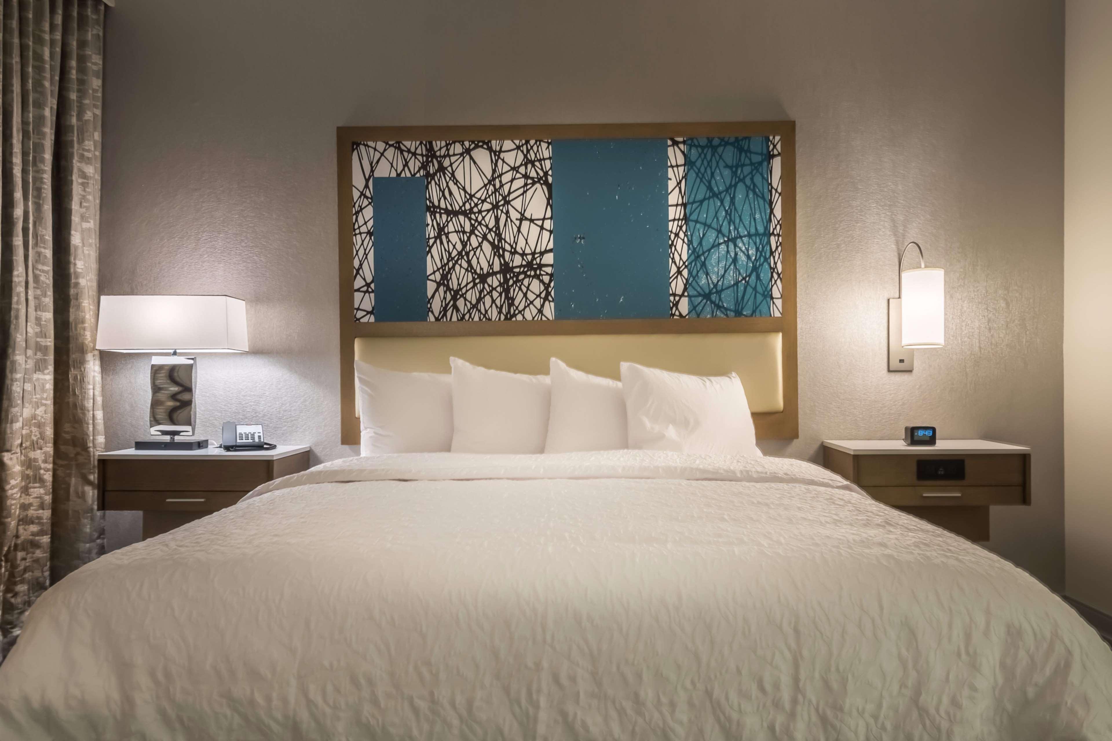 Hampton Inn & Suites Dallas-The Colony, TX image 17