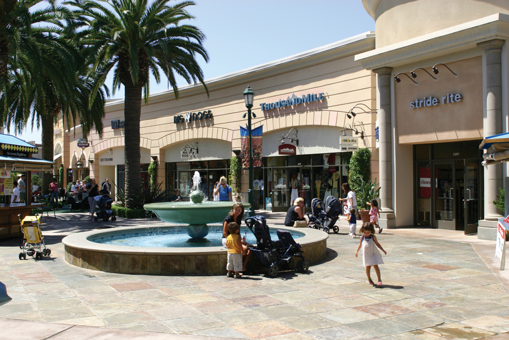 Carlsbad Premium Outlets image 8