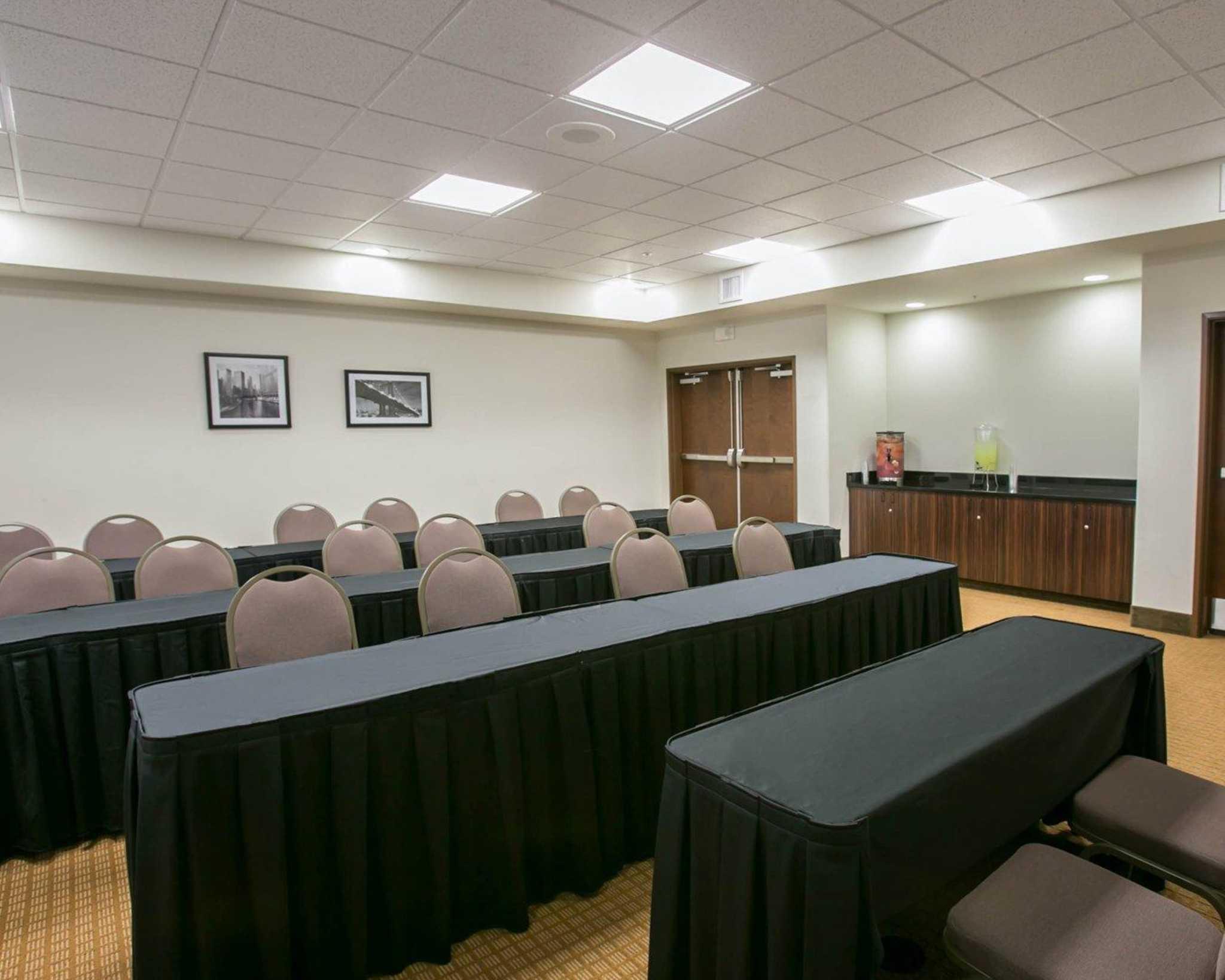 Sleep Inn & Suites Austin - Northeast image 13