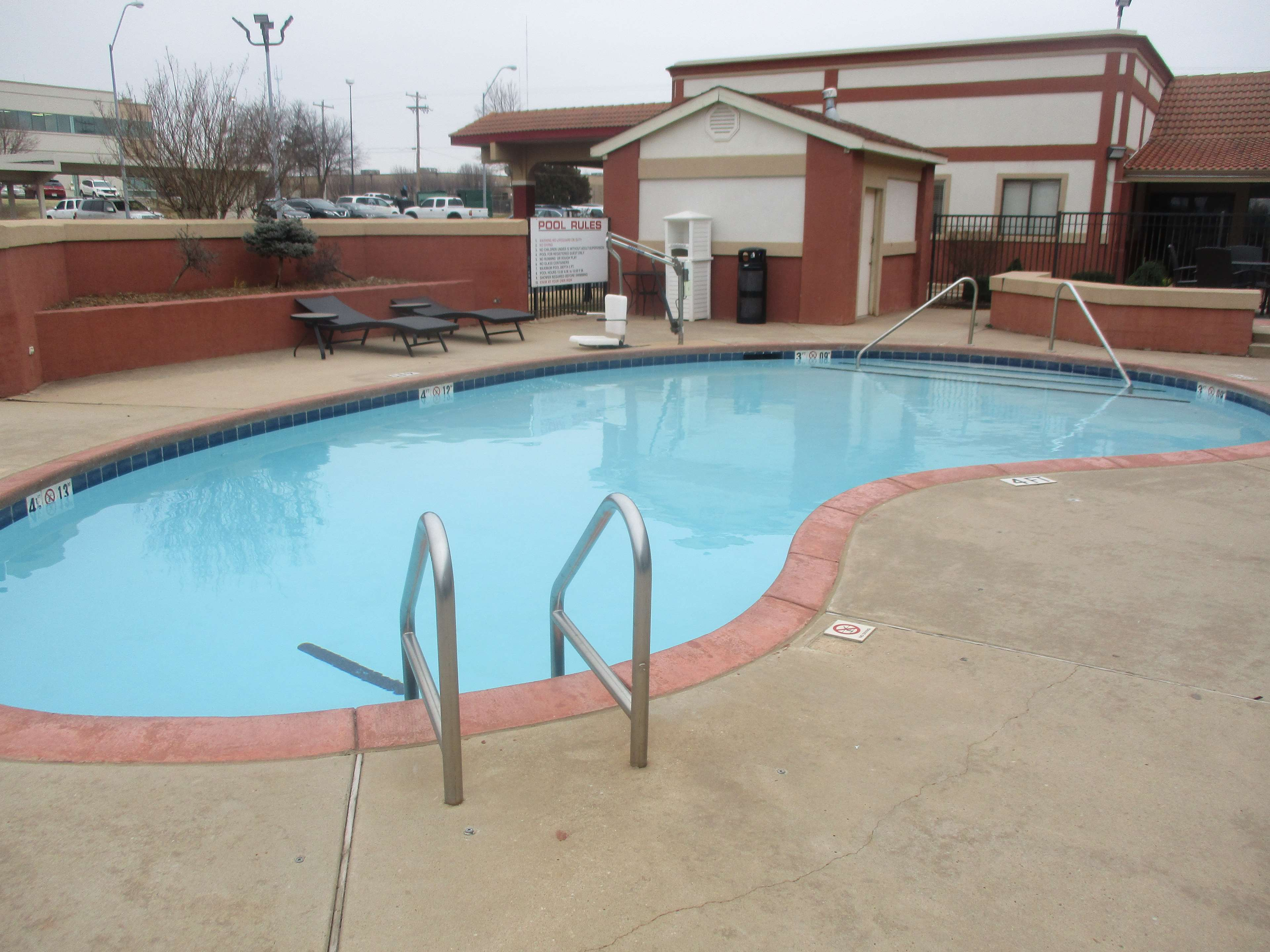 SureStay Plus Hotel by Best Western Oklahoma City North image 9