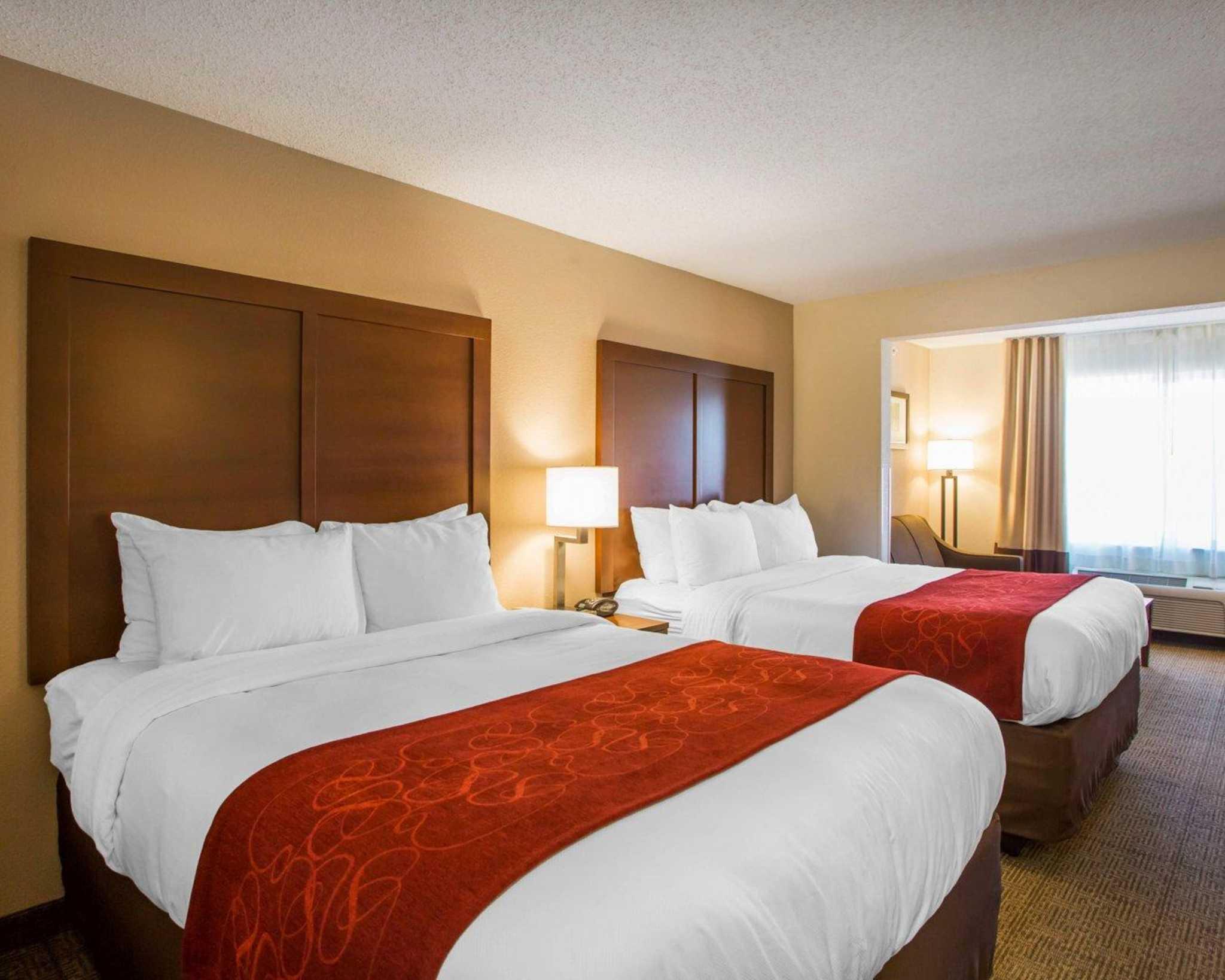Comfort Suites Columbus West- Hilliard image 8