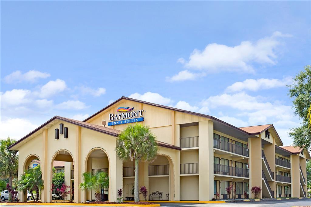 Baymont Inn & Suites Kissimmee image 0