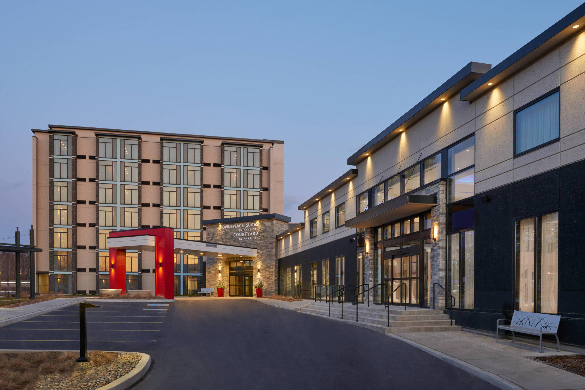 Courtyard by Marriott Oshawa